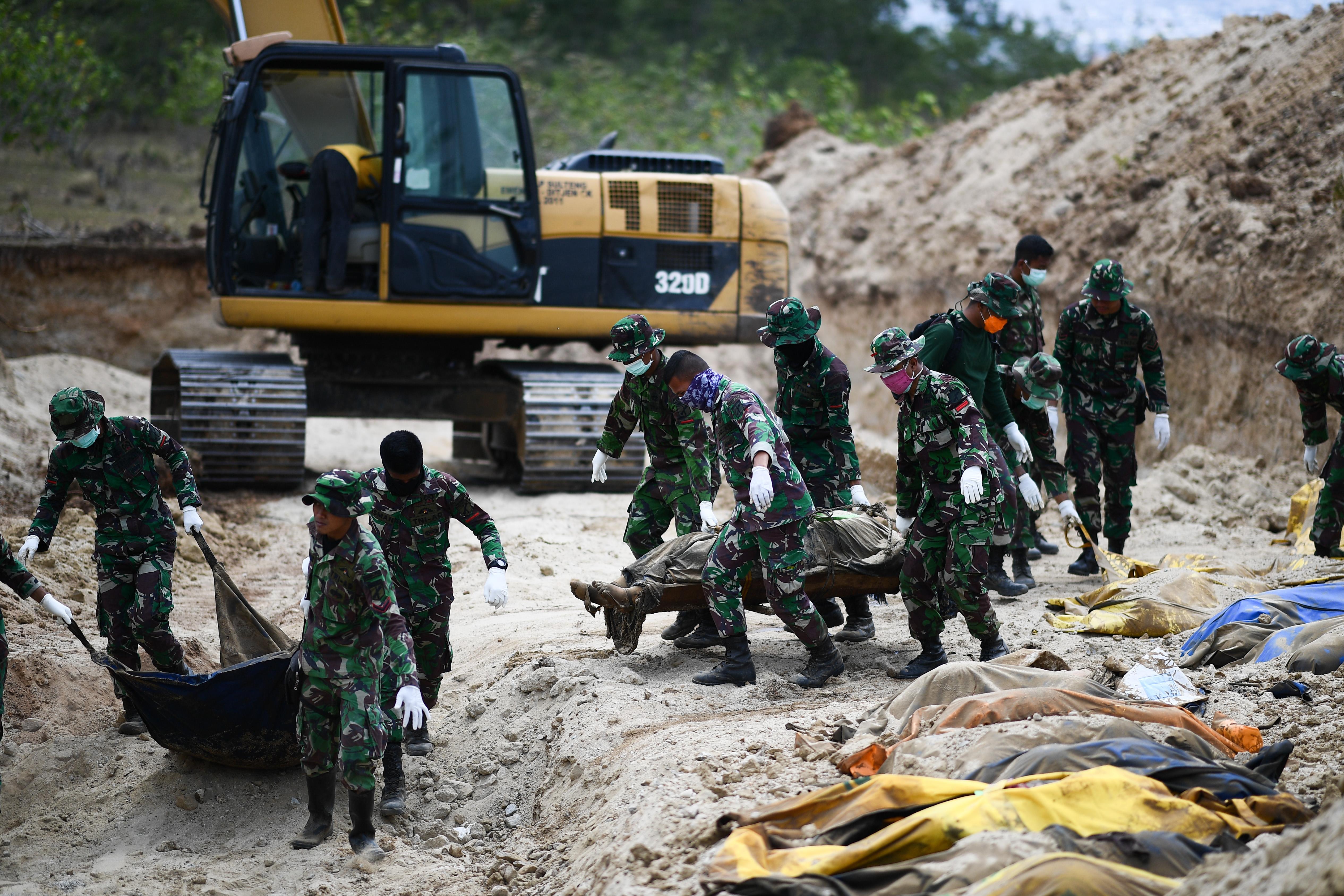 Ezernél is több halálos áldozata van az indonéziai cunaminak