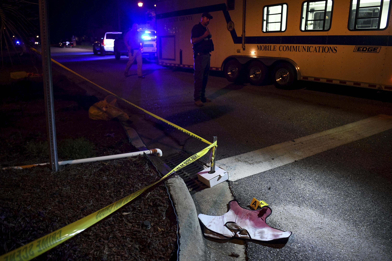Egy rendőrt megölt, hatot megsebesített egy dél-karolinai túszejtő
