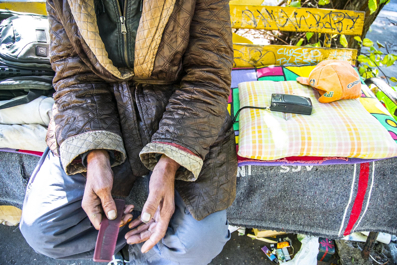 Vasárnap reggelig már 385 ügyvéd követeli a bíráktól, hogy ne tárgyalják a hajléktalanok elleni pereket