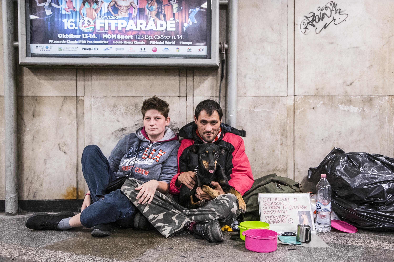 Már 101 hajléktalan kapott figyelmeztetést azért, mert az utcán él