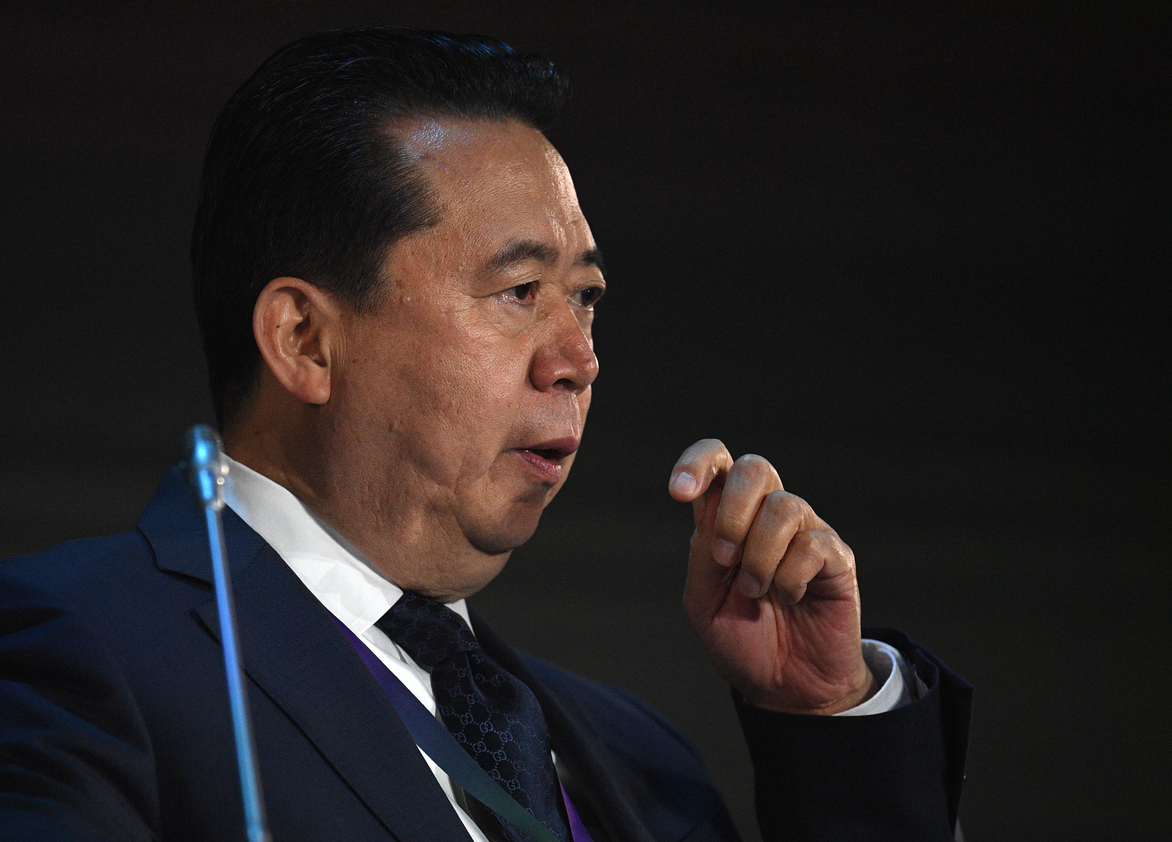 Lemondott az Interpol elnöke