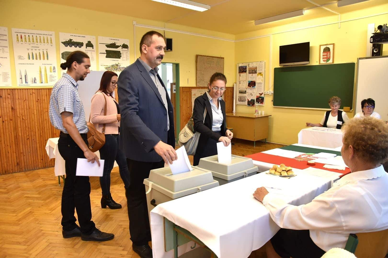 A Fidesz által is tolt független jelölt, Dobozi Róbert nyert az újszászi polgármester-választáson