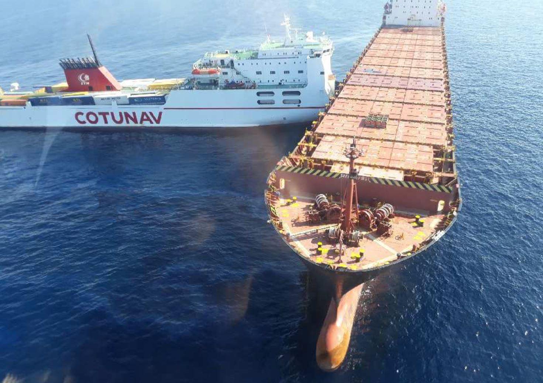 Négy kilométer hosszan terült el üzemanyag a tengeren Korzika mellett, miután két teherhajó összeütközött