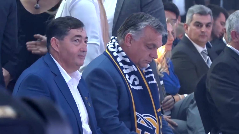 Nehogy Orbán ránézzen a felcsúti szponzorfalra