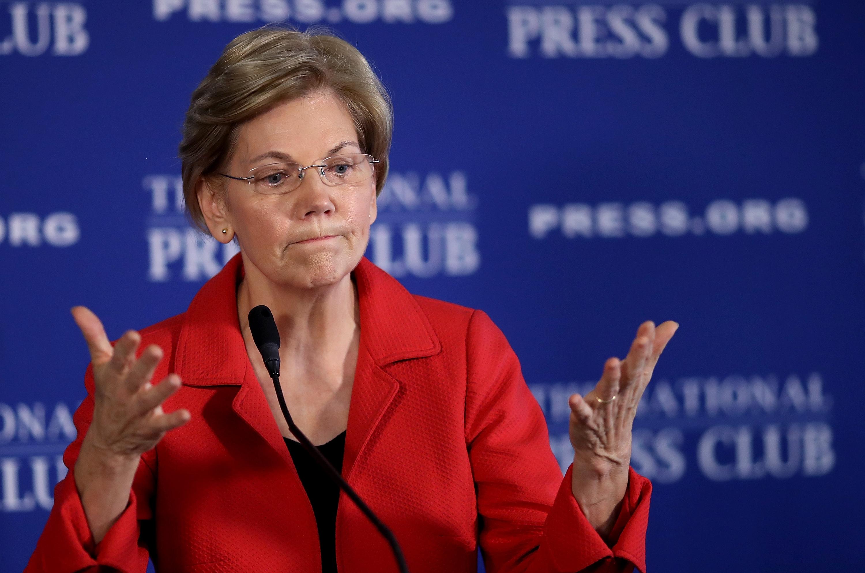 New York Times: Elizabeth Warren kiszáll az elnökválasztási versenyből