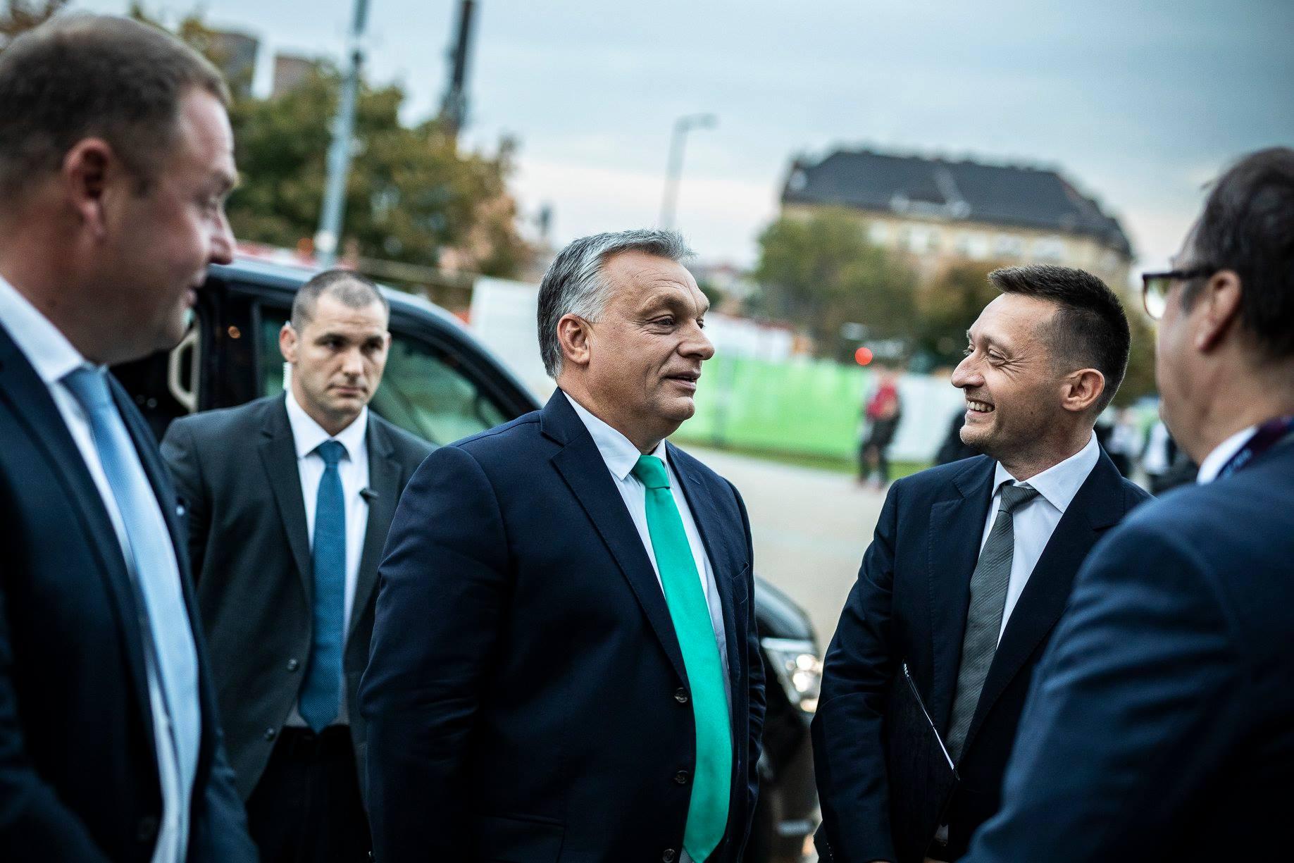 """Orbán szerint kifejezetten jót tesz a turizmusnak az Orbán-ellenesség, és az is, hogy """"nálunk nincsenek no-go zónák"""""""