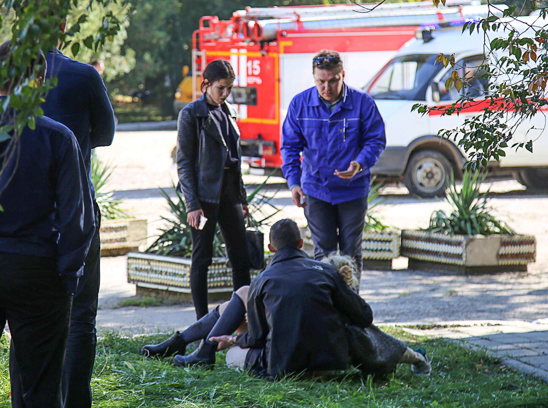 Lövöldözés lehetett a krími iskolában a robbanás előtt