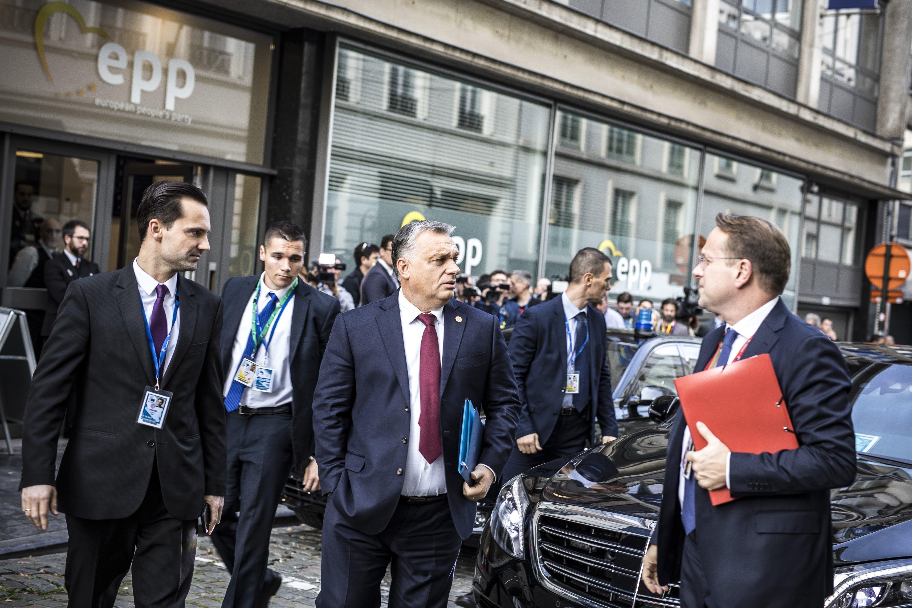 Orbán elismerte, hogy Várhelyi Olivér lesz a következő biztosjelölt Trócsányi után