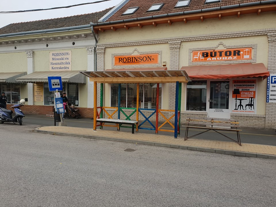Hódmezővásárhelyre került a felcsúti buszmegálló
