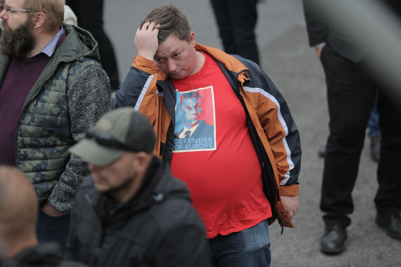 Orbánt várják hívei