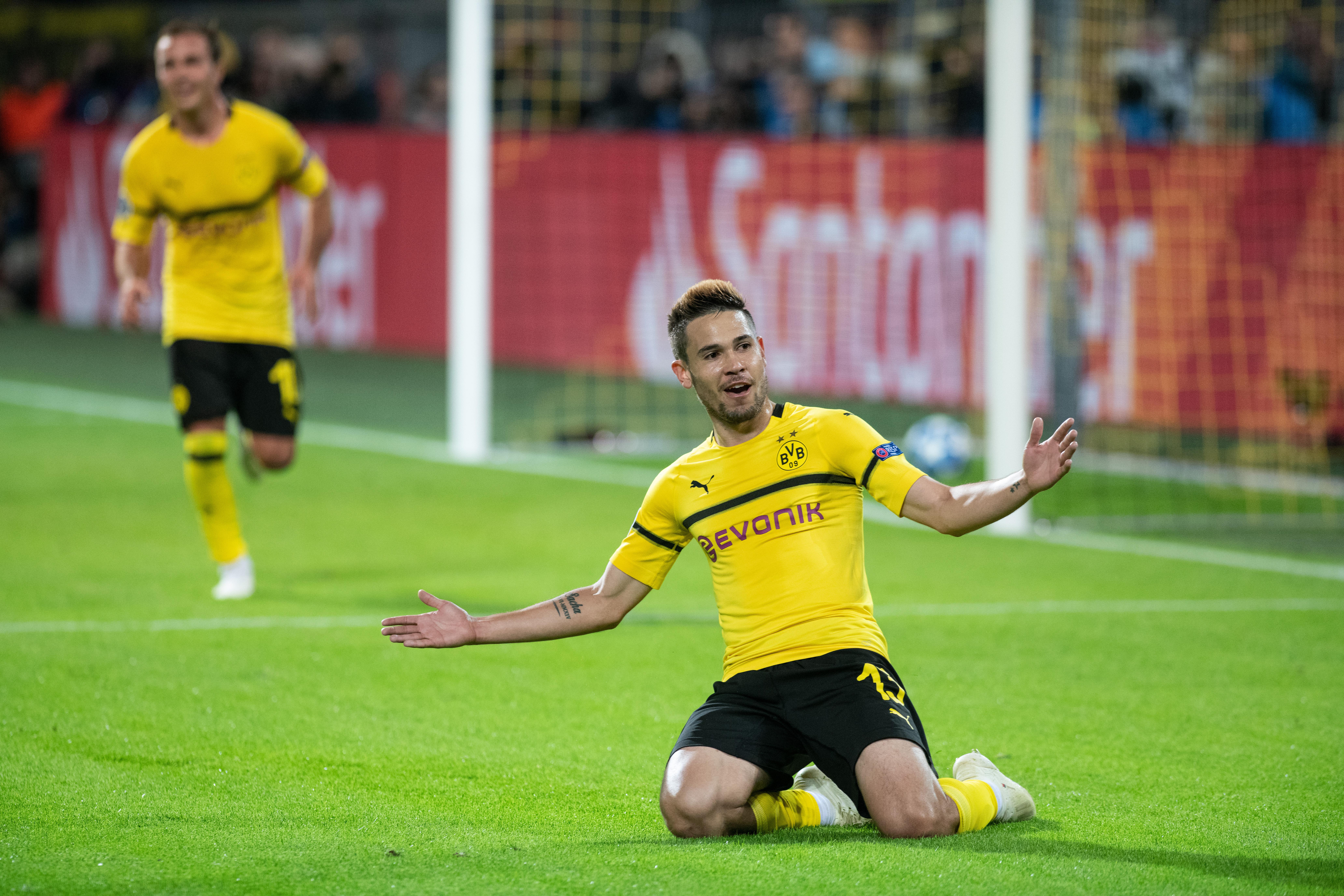 Péppé verte a Dortmund az Atléticót, győzött a Barca és a Liverpool is