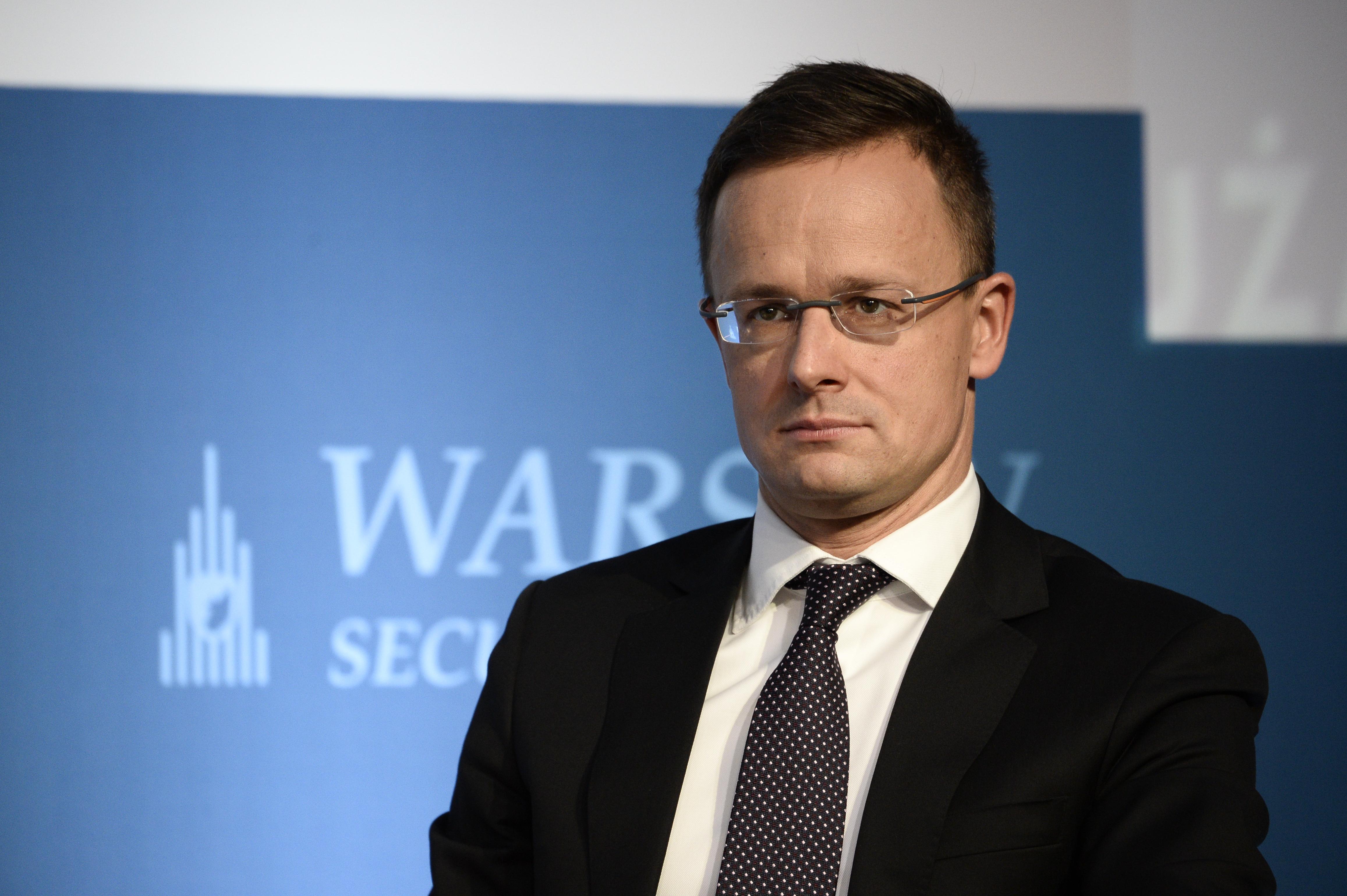 """Megfenyegettek több ukrajnai magyar diplomáciai képviseletet, hogy ha Szijjártó odamegy, """"cselekedni fognak"""""""
