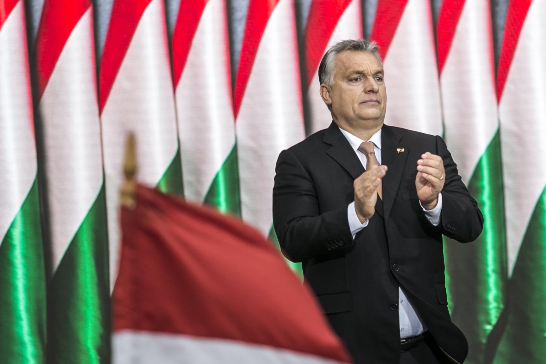 Orbán Viktor gratulált a diktatúrába visszavágyó brazil elnöknek