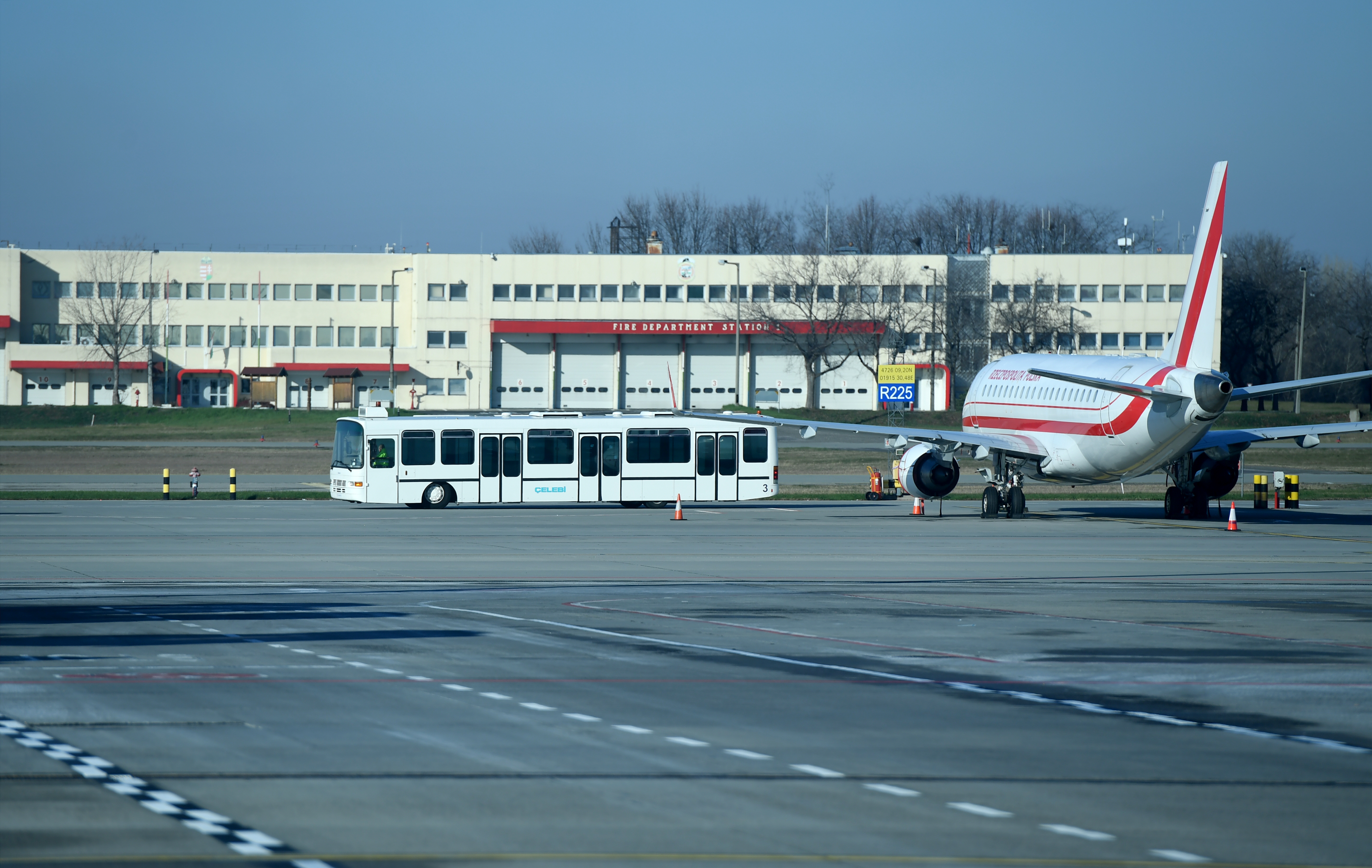 Két repülőgép is Budapesten szakította meg az útját kedden este