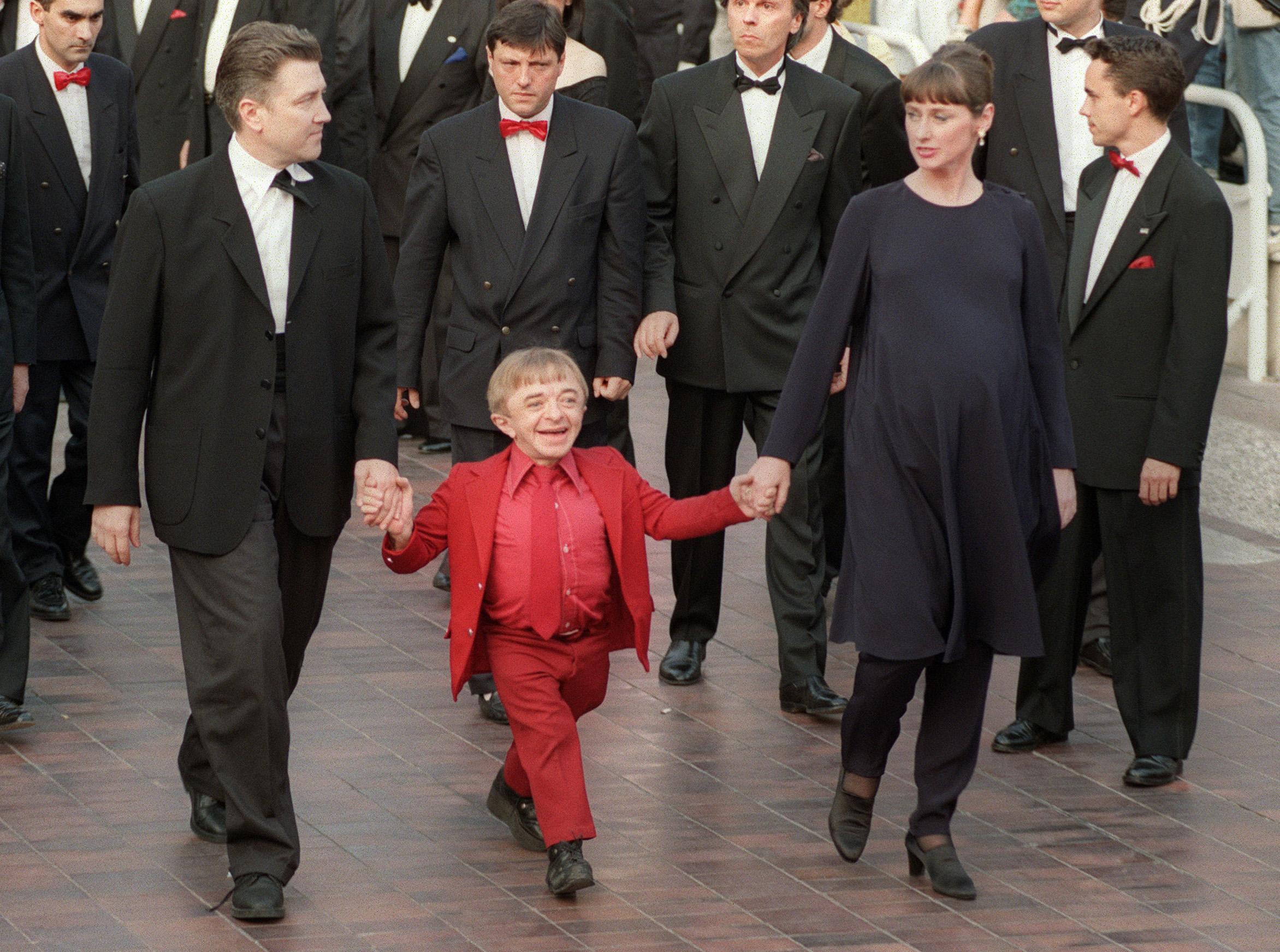 Márciustól látható David Lynch fotókiállítása a Műcsarnokban