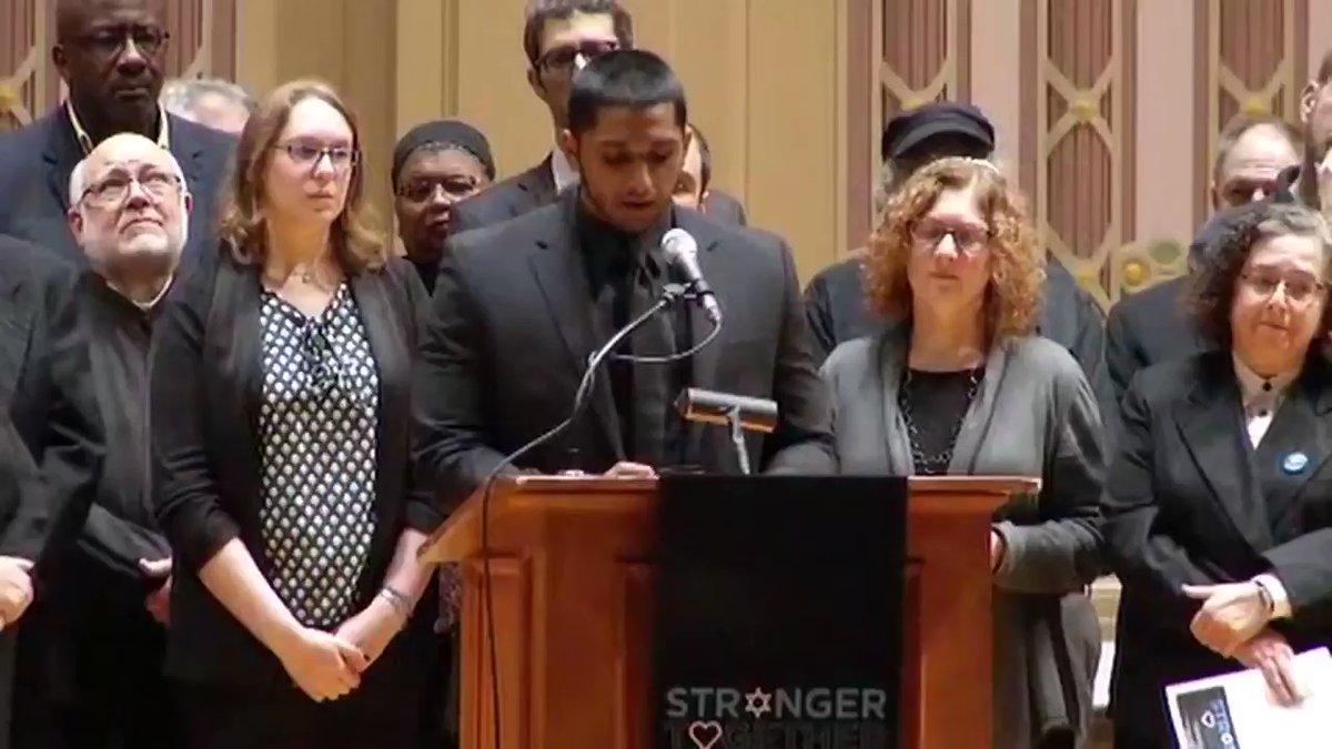 Amerikai muszlimok 120 ezer dollárt gyűjtöttek össze a zsinagógában meggyilkolt emberek családjainak