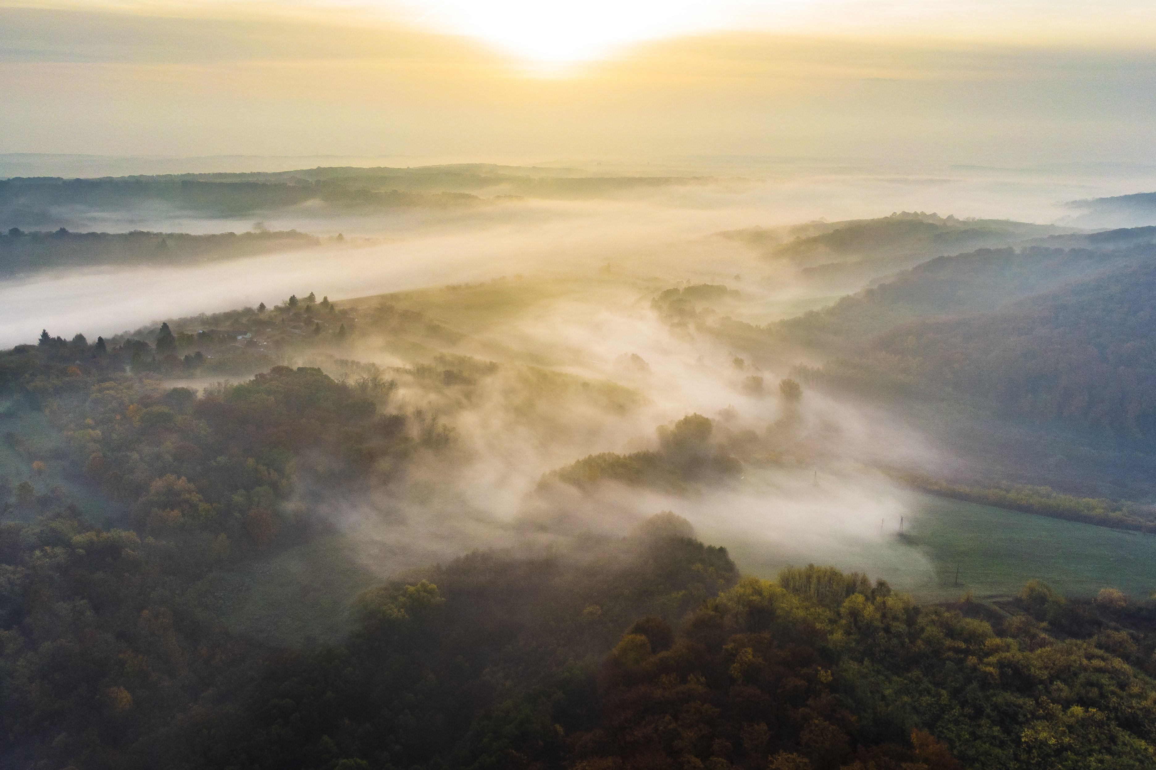 Csak egy forró ősz hajnala egy kis, Zala megyei faluban
