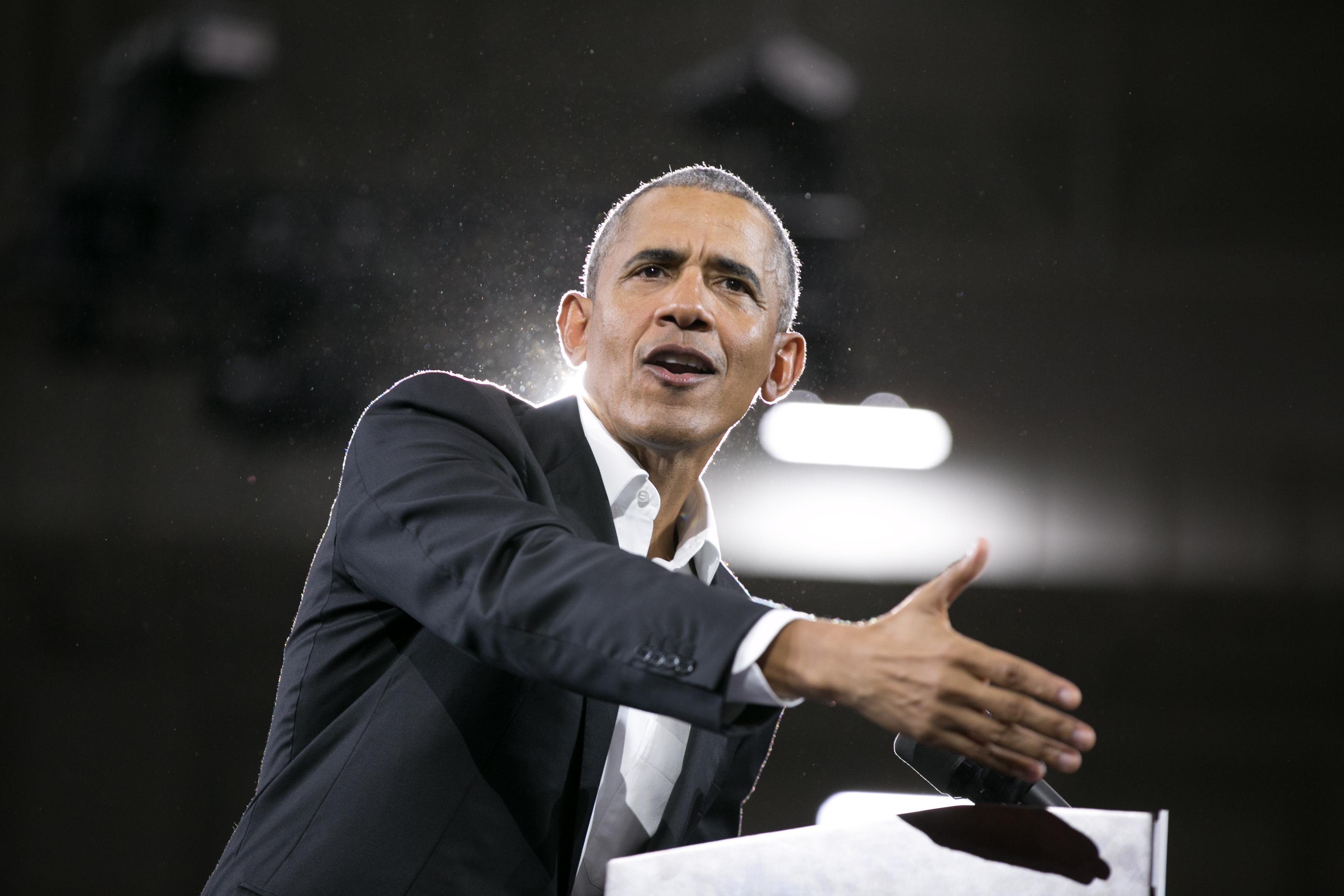 Obama egy lapon említette az USA-t, Oroszországot és Magyarországot, amikor a populizmus veszélyeiről beszélt
