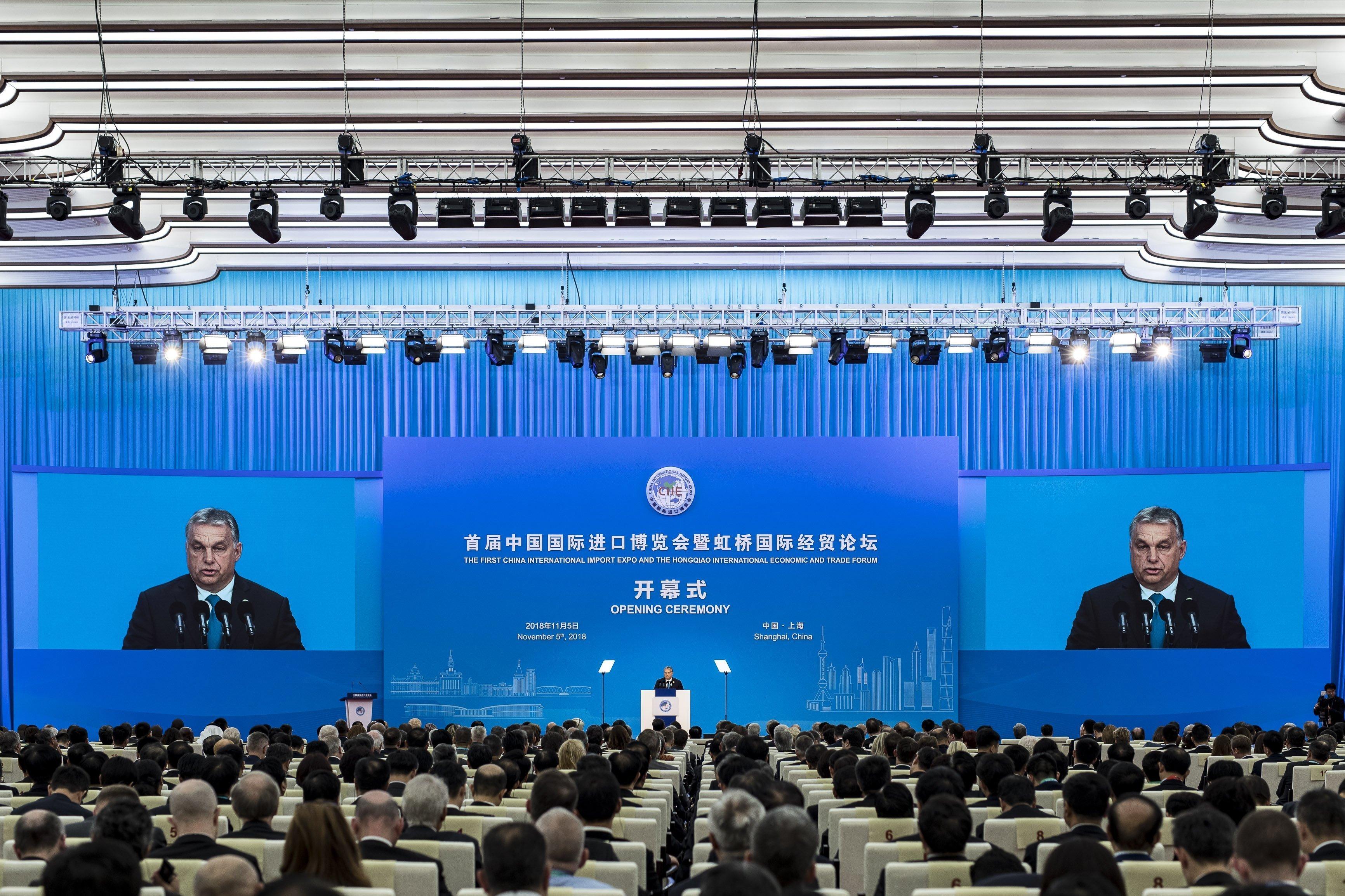 Orbán Viktor: Kína is felfigyelt a közép-európai gazdasági növekedésre