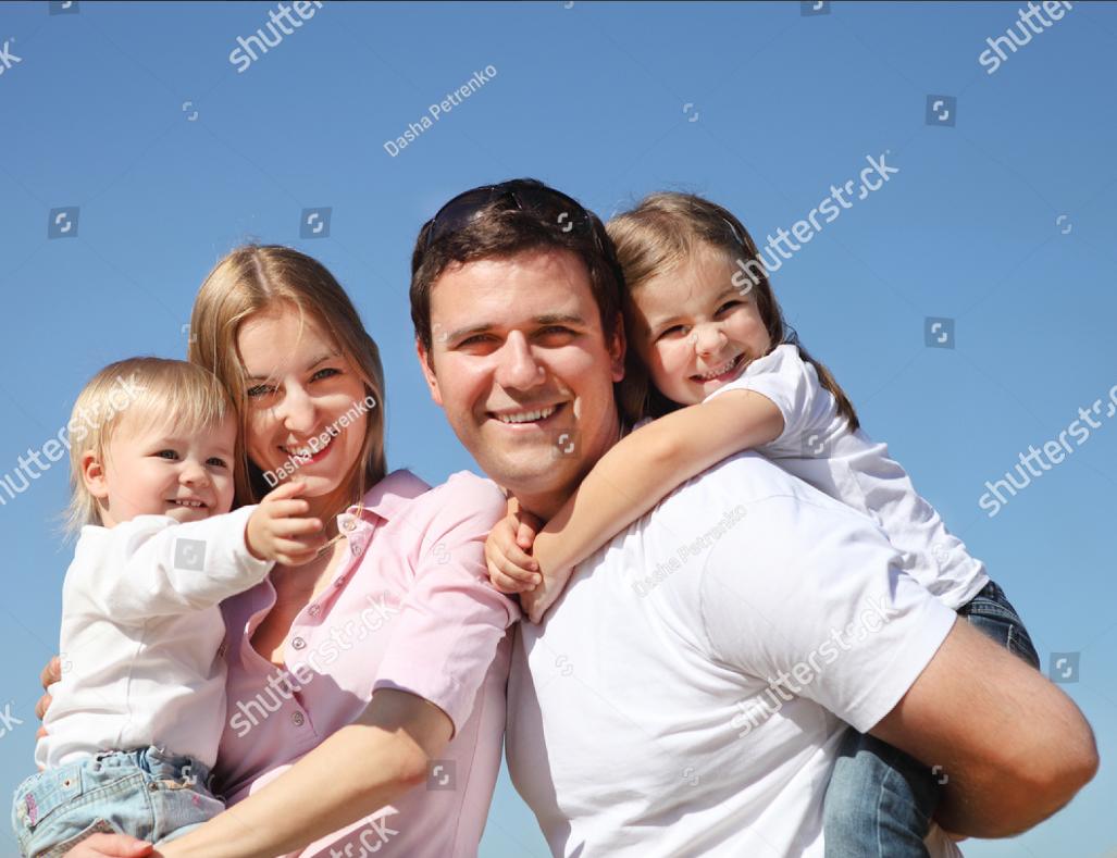 Orosz család fotója szerepelhet a kormány családügyi konzultációs ívein, Apuka ráadásul megcsalja Anyukát
