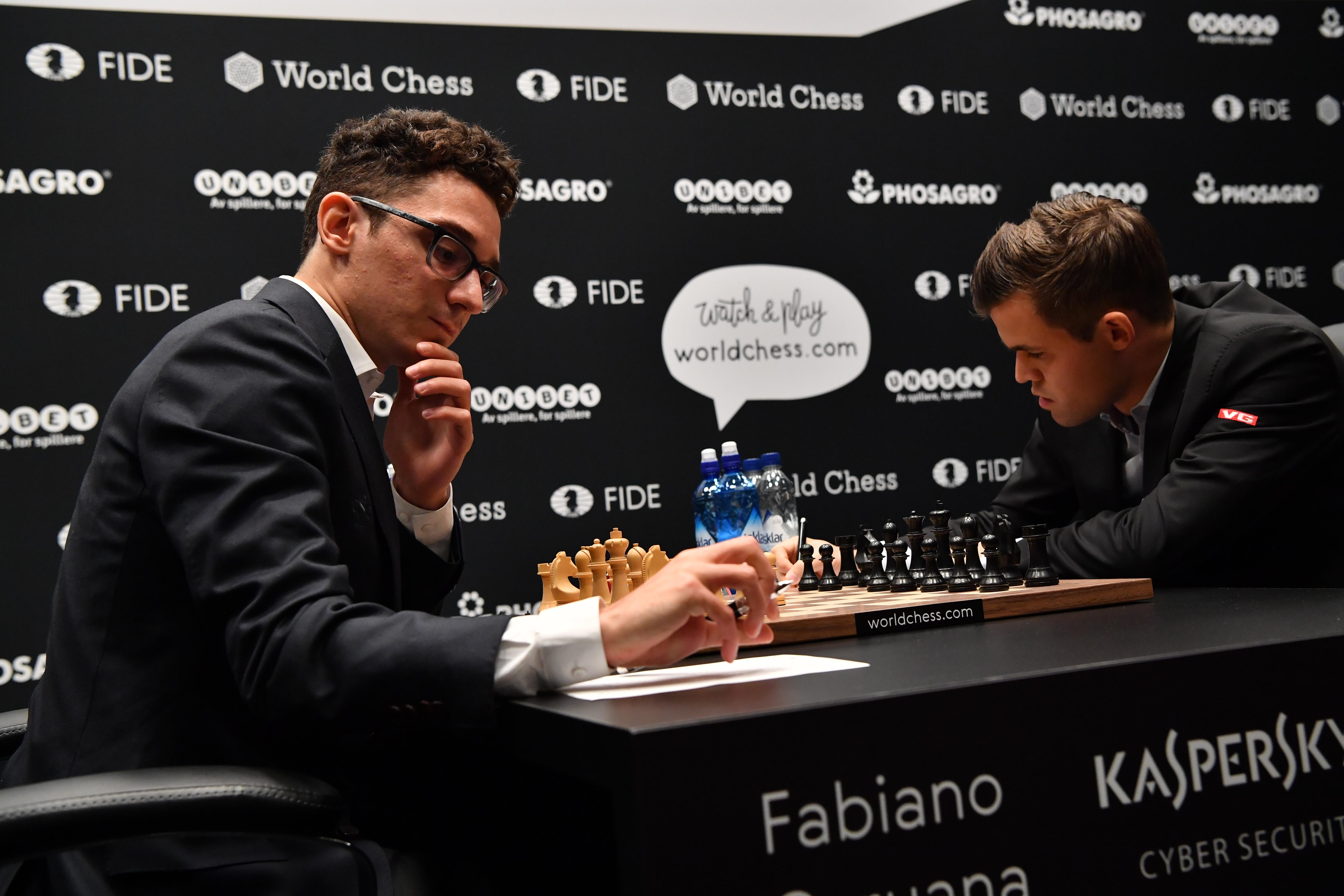 Remivel kezdődött a sakkvilágbajnoki döntő
