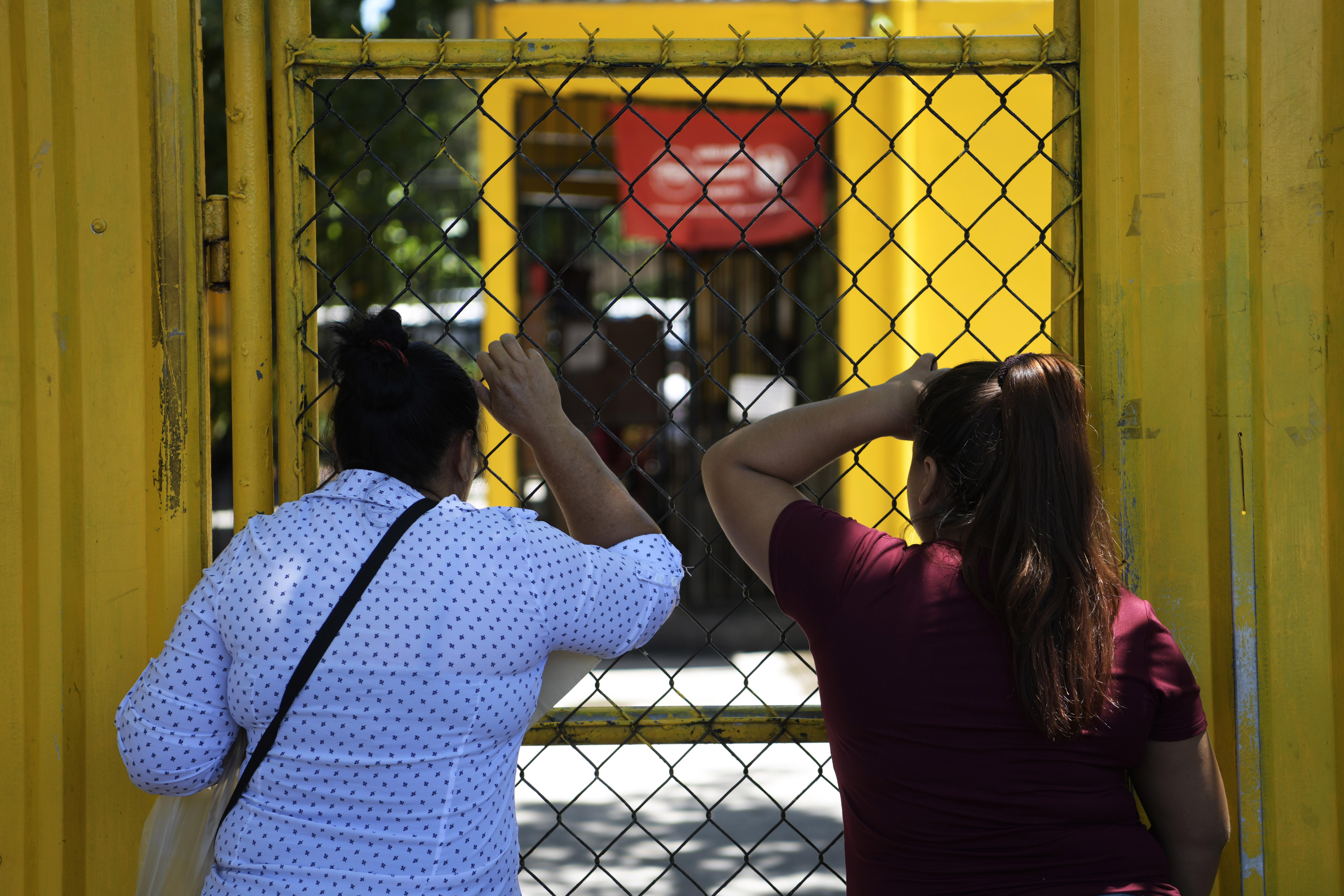 Évtizedekre börtönbe dughatják a fiatal El Salvador-i lányt, akit nyolc éven keresztül zaklatott a nevelőapja