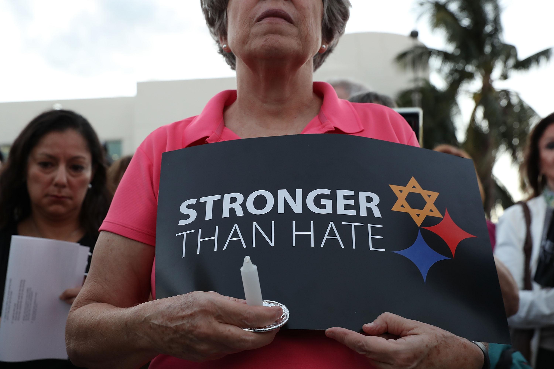 Jelentős ütemben nő a gyűlölet-bűncselekmények száma az USA-ban