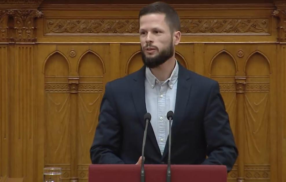 Olyan beszédet még soha senki nem mondott a Parlamentben, mint most Tordai Bence