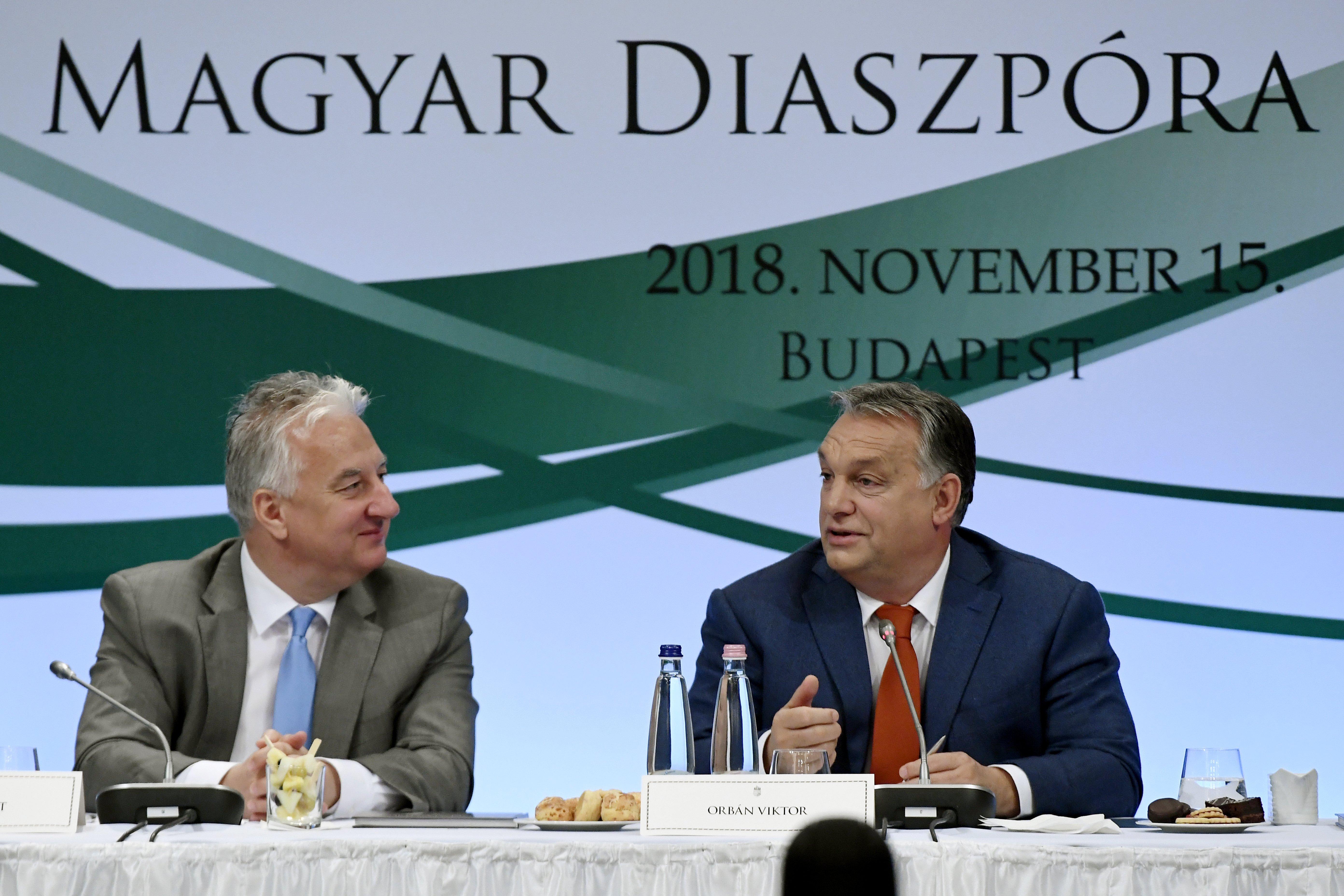 Ha a Fidesz ki is lép, a KDNP akkor is marad az Európai Néppártban