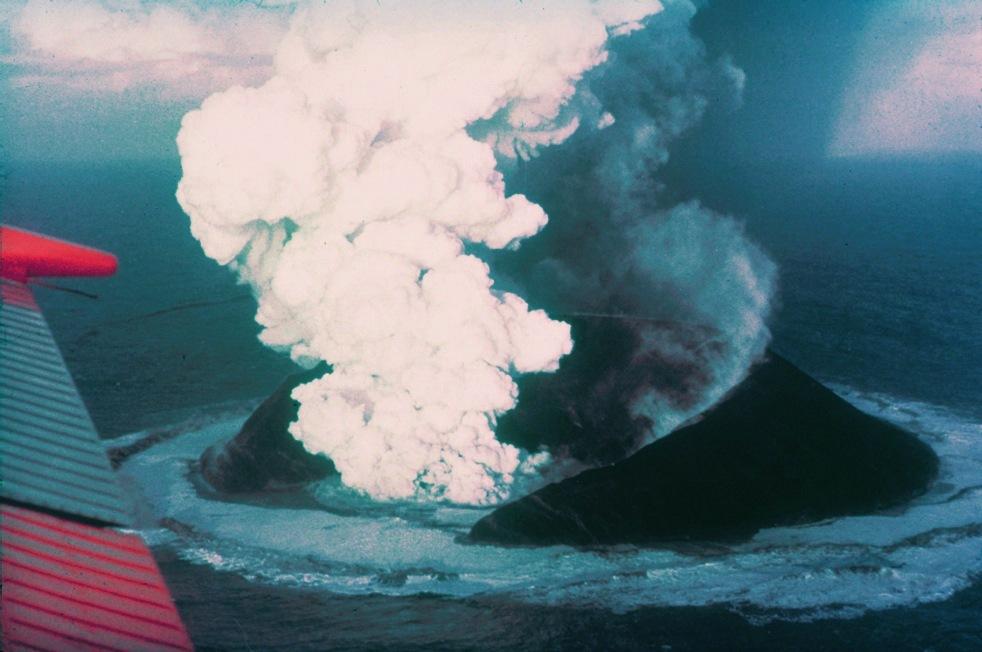 55 éve született Izland legfiatalabb szigete