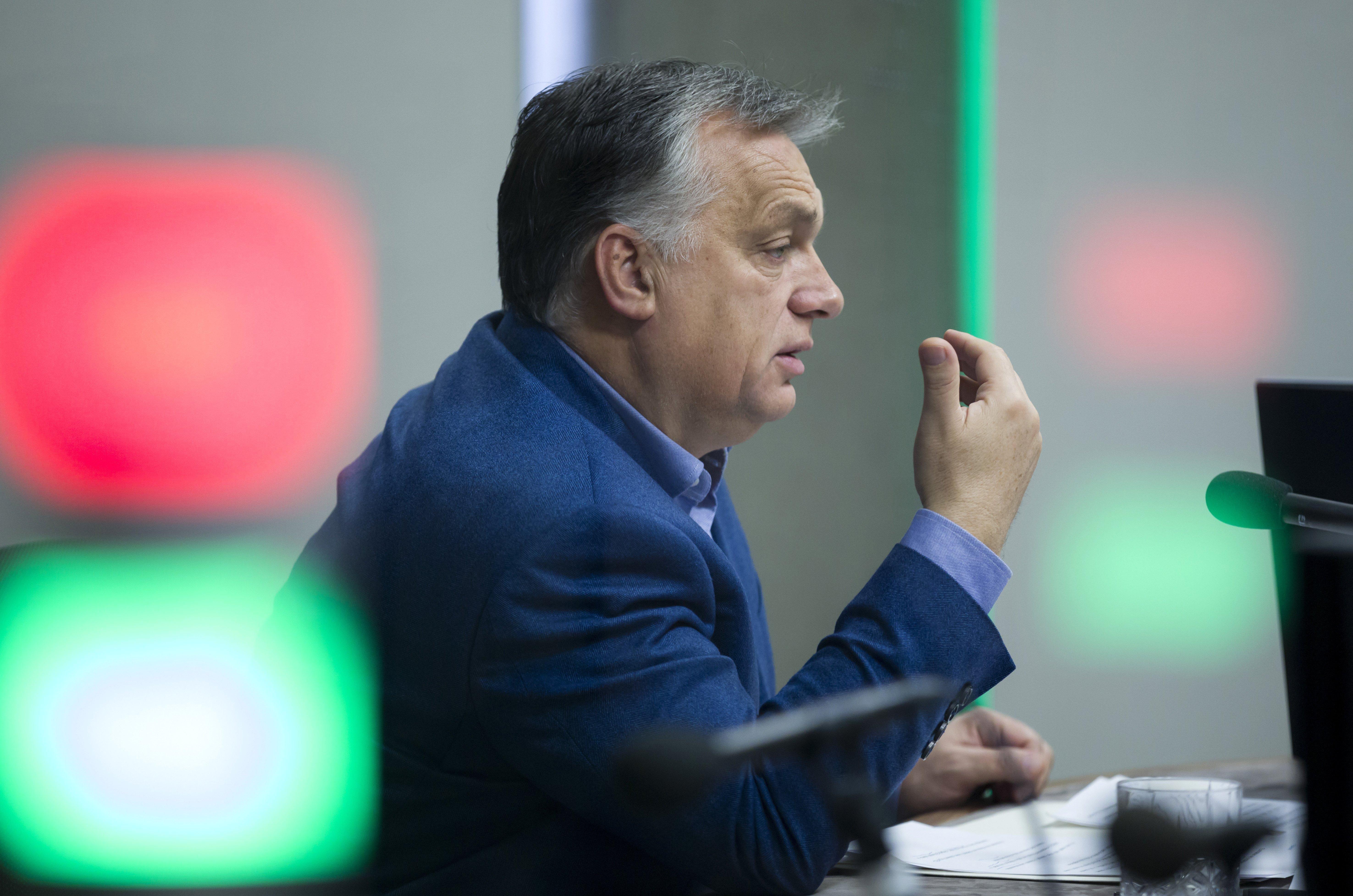 Orbán a kórházi ágyak felszabadításáról: Egy nagy katonai jellegű akció kellős közepén vagyunk, ami okoz kényelmetlenséget