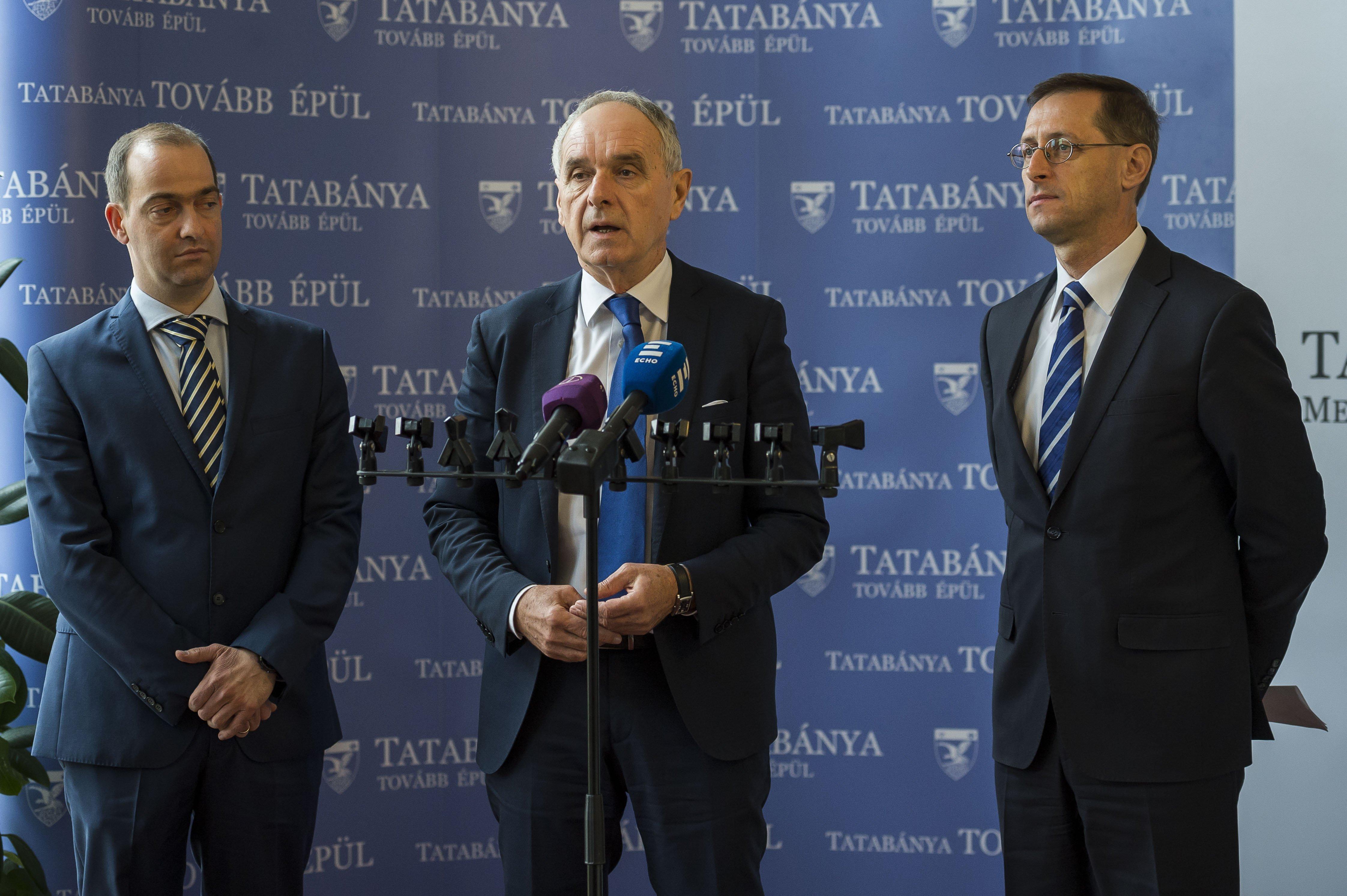 Kilenc polgármester kiléphet a Megyei Jogú Városok Szövetségéből, mert a fideszes elnök, Szita Károly kiállt az iparűzési adó csökkentése mellett