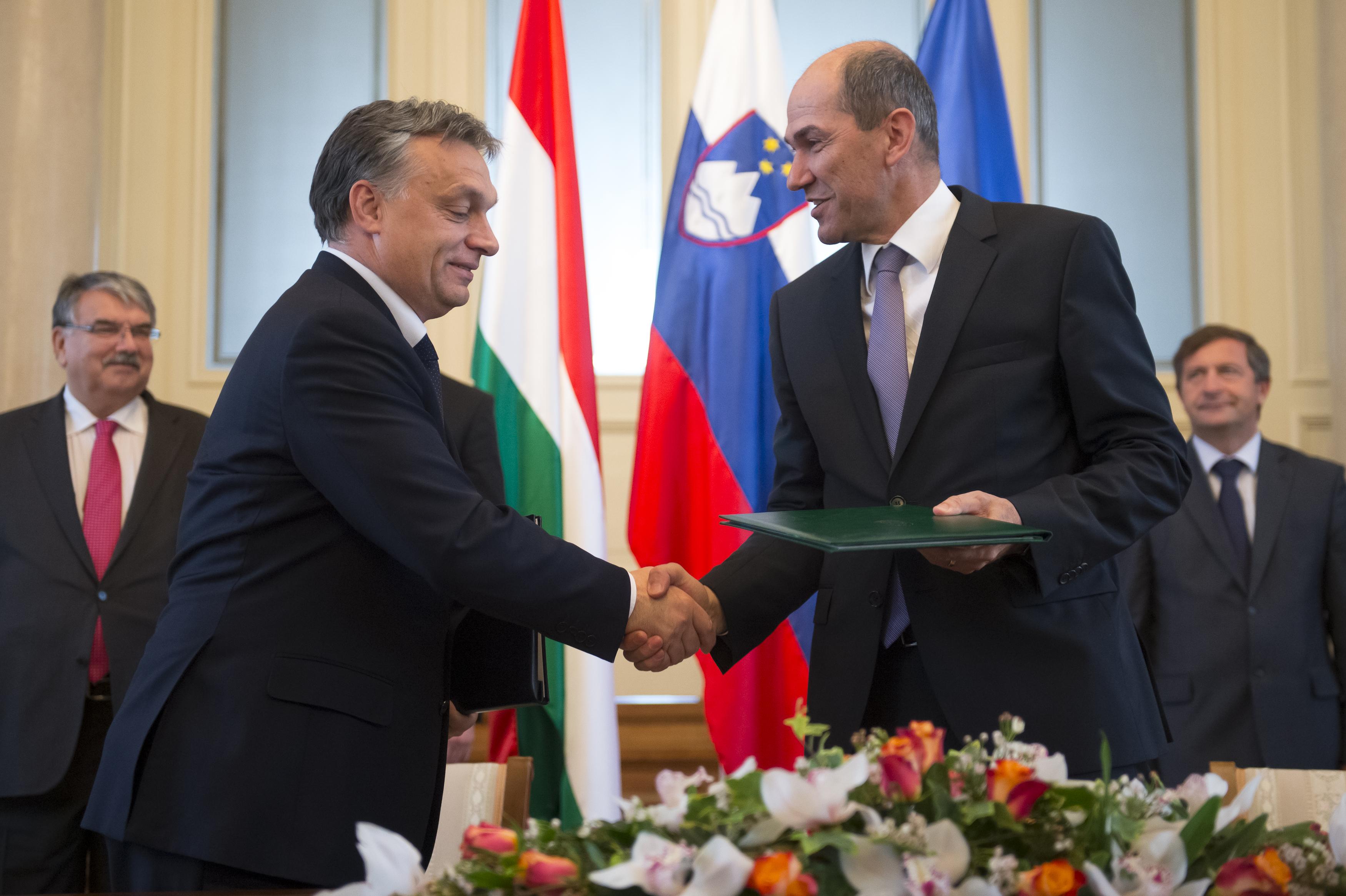 Orbán szlovén szövetségese azt követeli, hogy ne szavazzanak a Fidesz kizárásáról