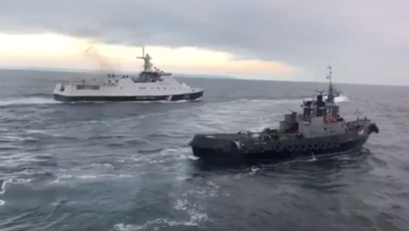 Ukrán hadihajókat foglaltak el az oroszok a Krím-félszigetnél