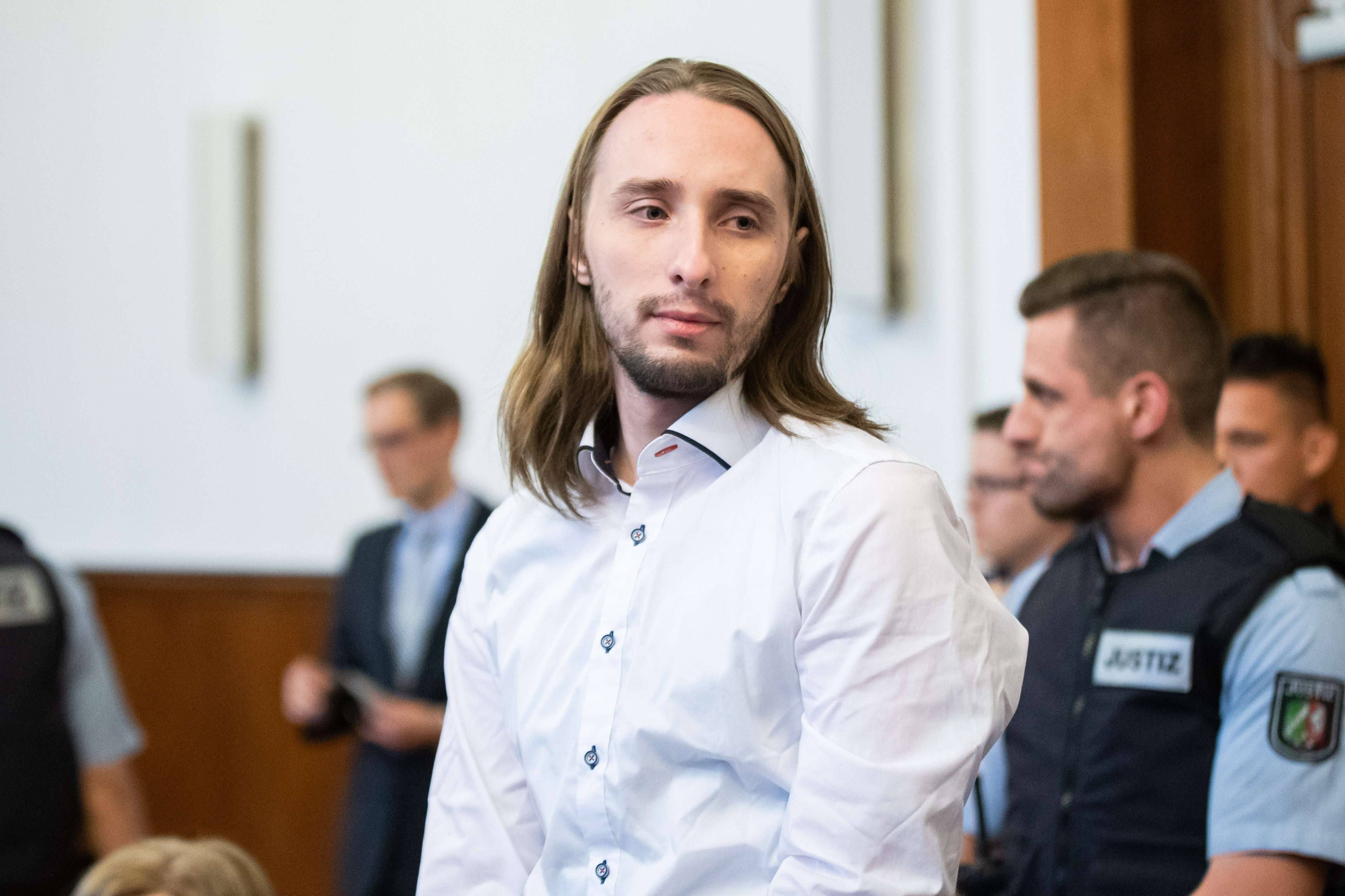 14 évre ítélték a férfit, aki megpróbálta felrobbantani a Borussia Dortmundot szállító buszt