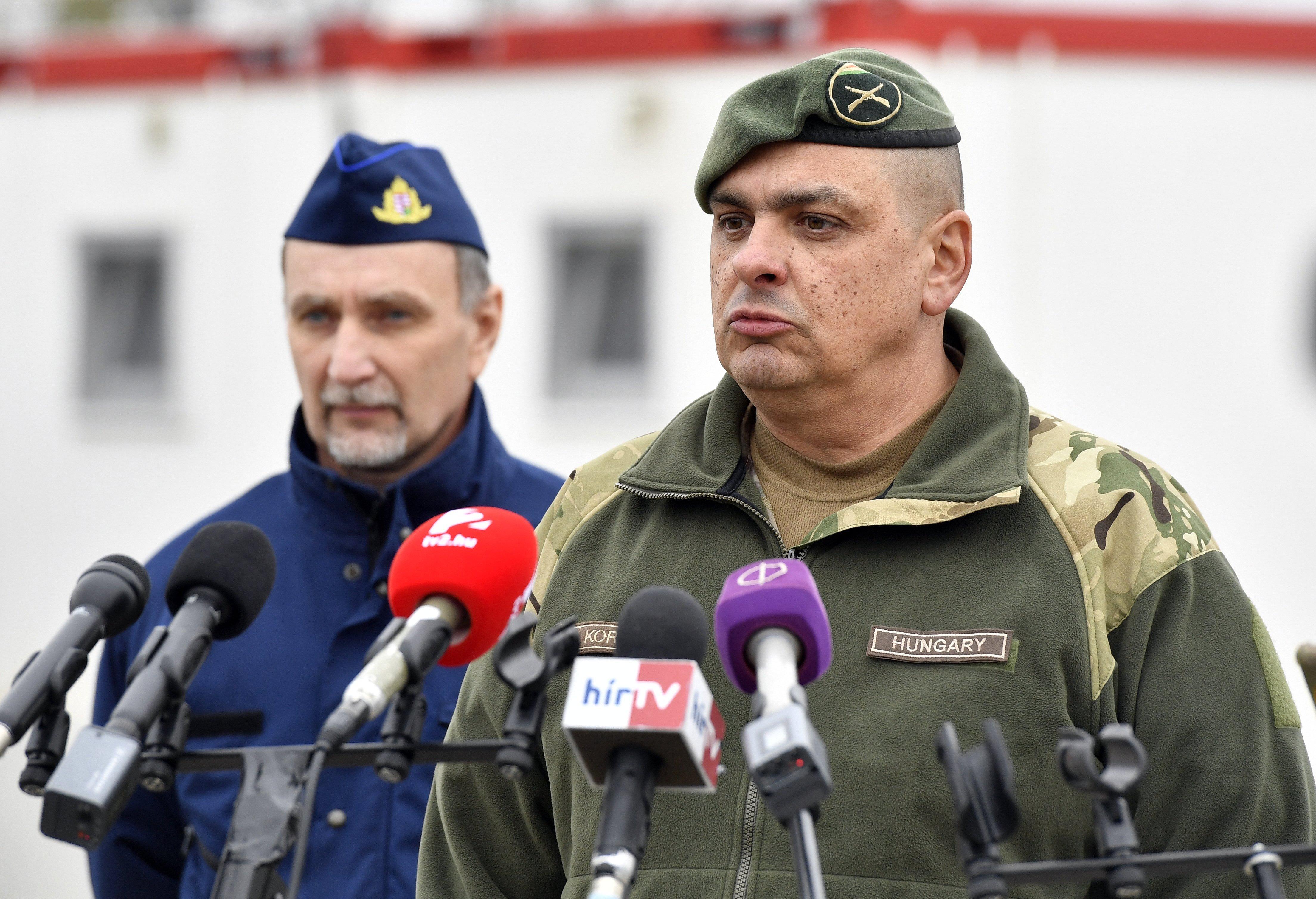 Indoklás nélkül felmentették a Magyar Honvédség parancsnokát