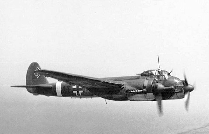 Egy kevéssé ismert évforduló: 75 éve a Luftwaffe lebombázta Barit