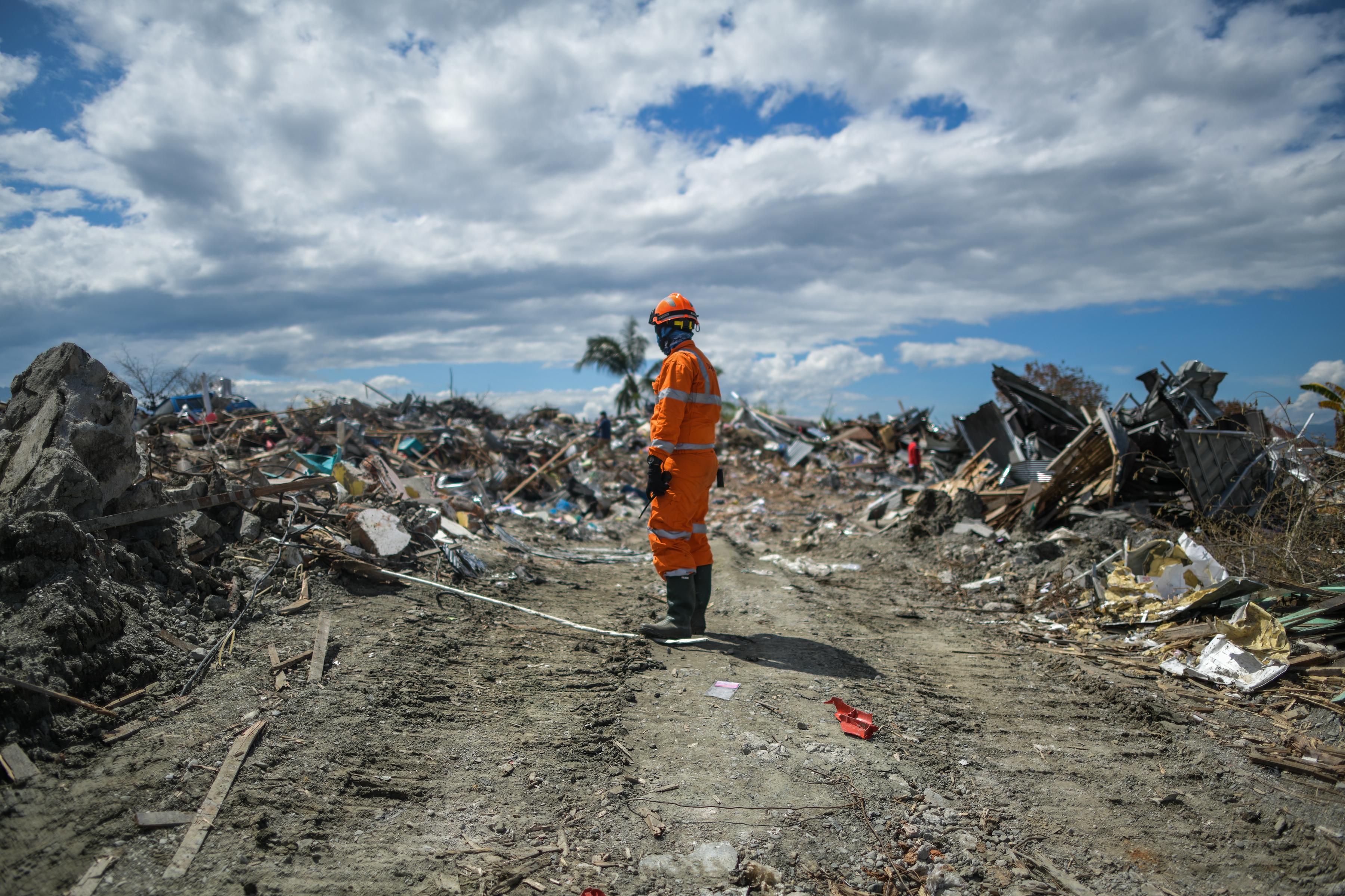 Cunami pusztított Indonéziában, több mint százhatvanan meghaltak