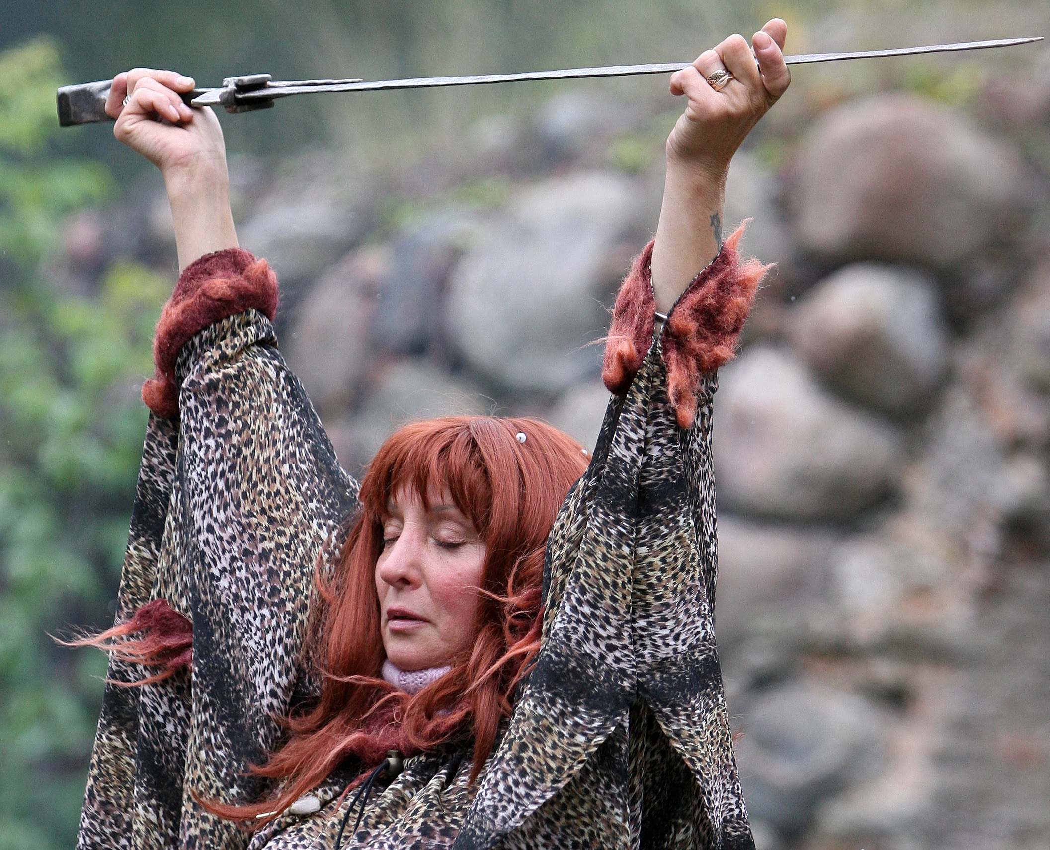 Egyre több nő talál erőt és közösséget a boszorkányságban