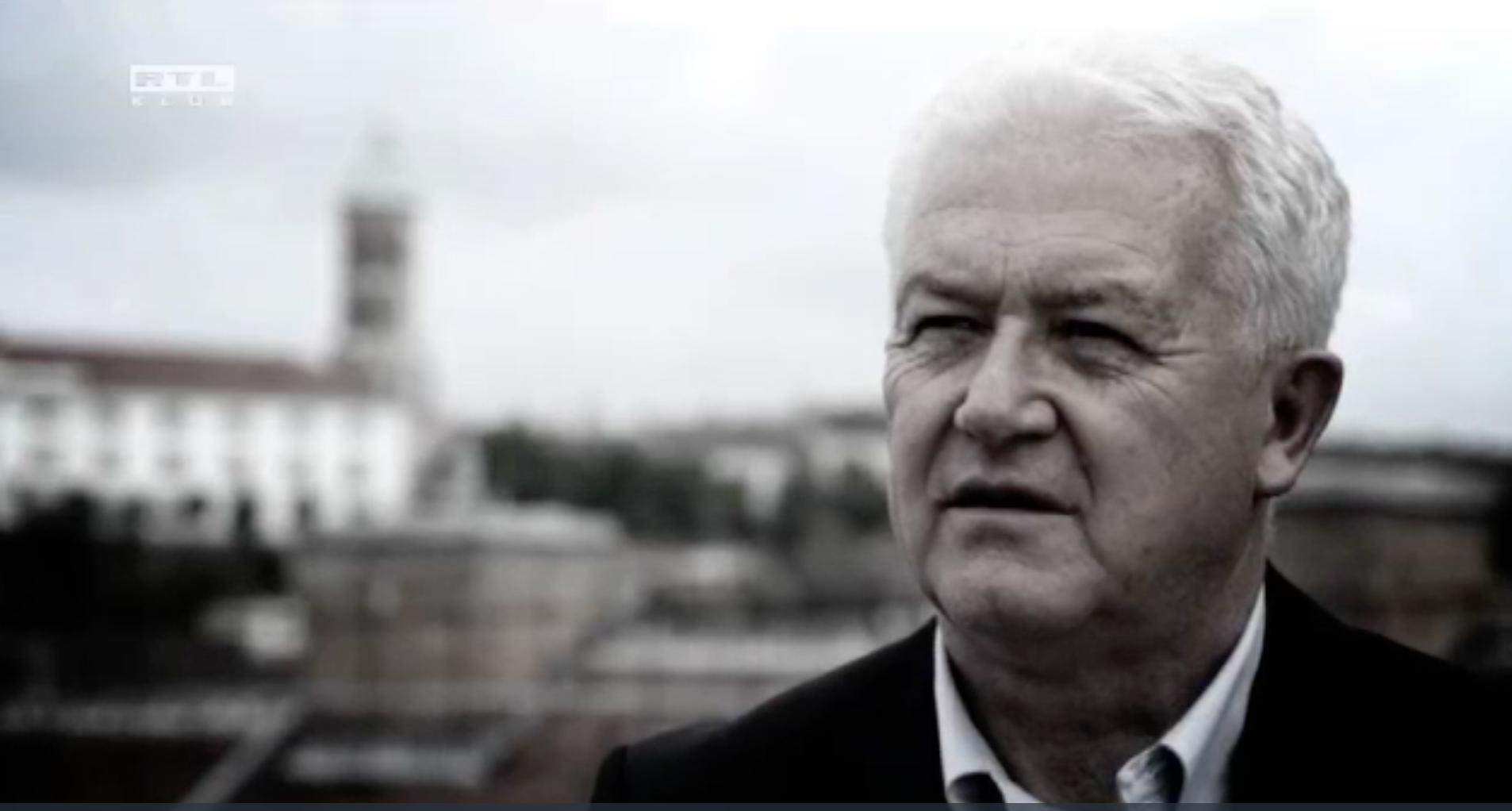 Harminc év után távozik a médiából a Ringier Axel Springert vezető Bayer József
