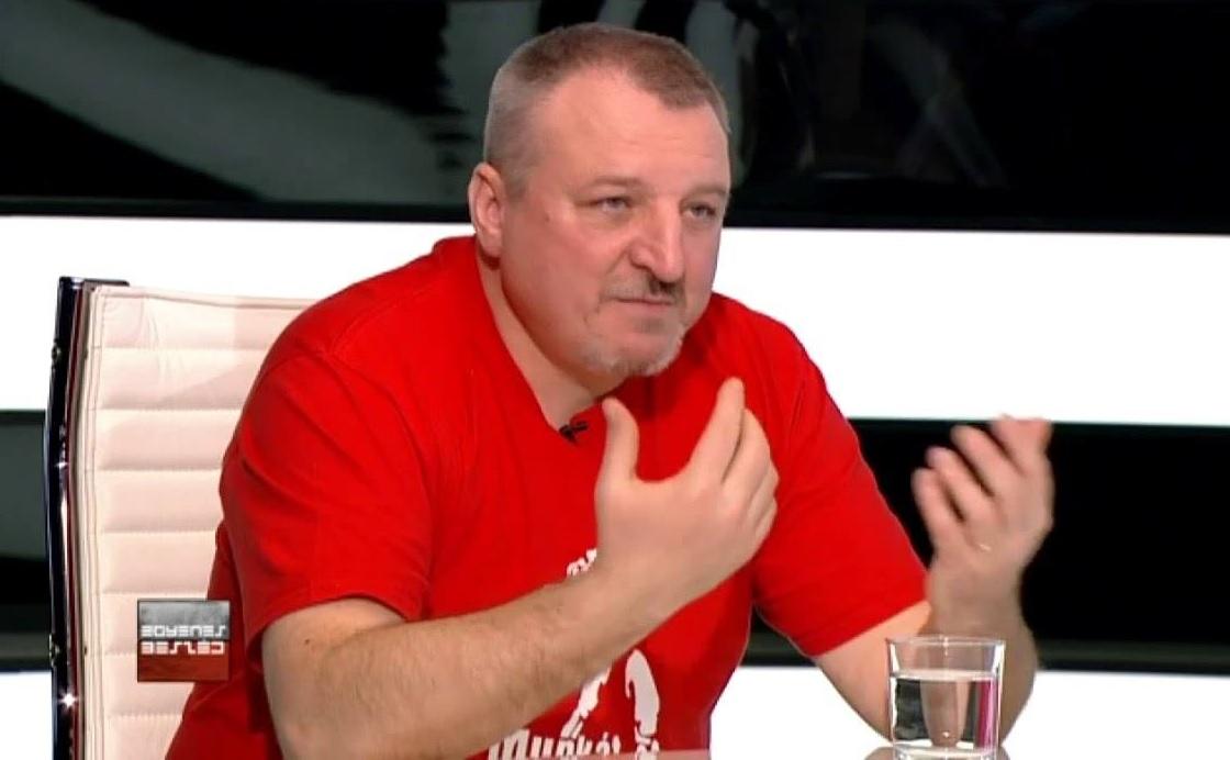 ATV: Leteperték a rendőrök az MSZP alelnökét, térdsérüléssel kórházba vitték