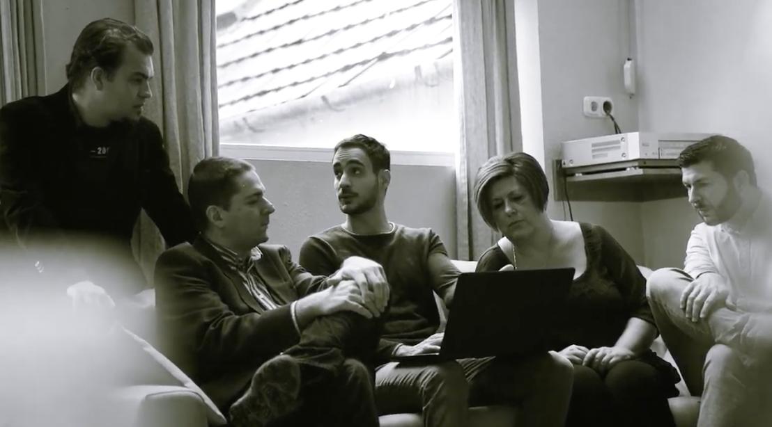 Online lapot indítanak a megszűnt Heti Válasz újságírói