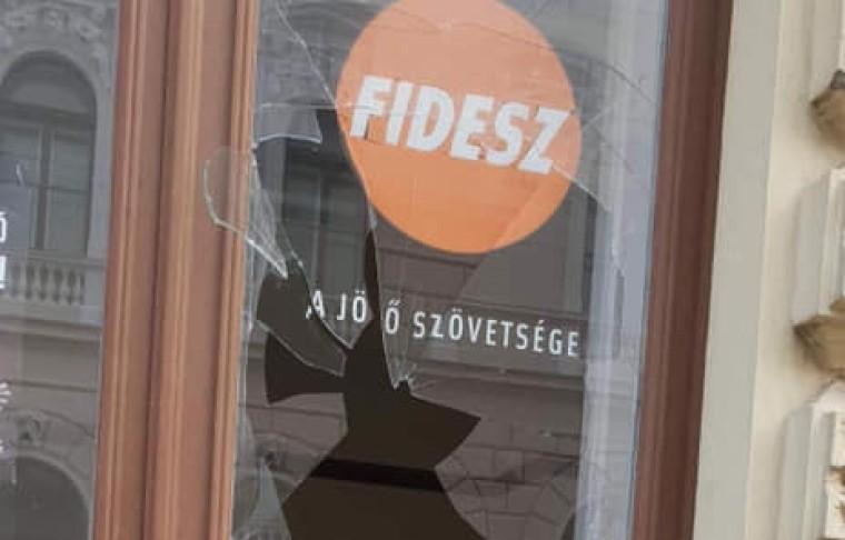 Az Alkotmánybíróság szerint mégsem baj, hogy a Fidesz hazudott a szavazóinak