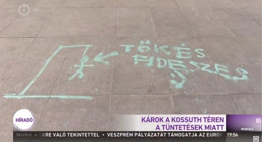 Ilyen tüntetésriportot is csak a magyar közmédia képes összehozni