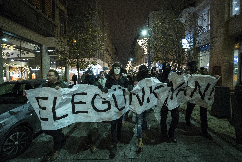 Itt tüntetnek a héten a túlóratörvény és a kormány ellen