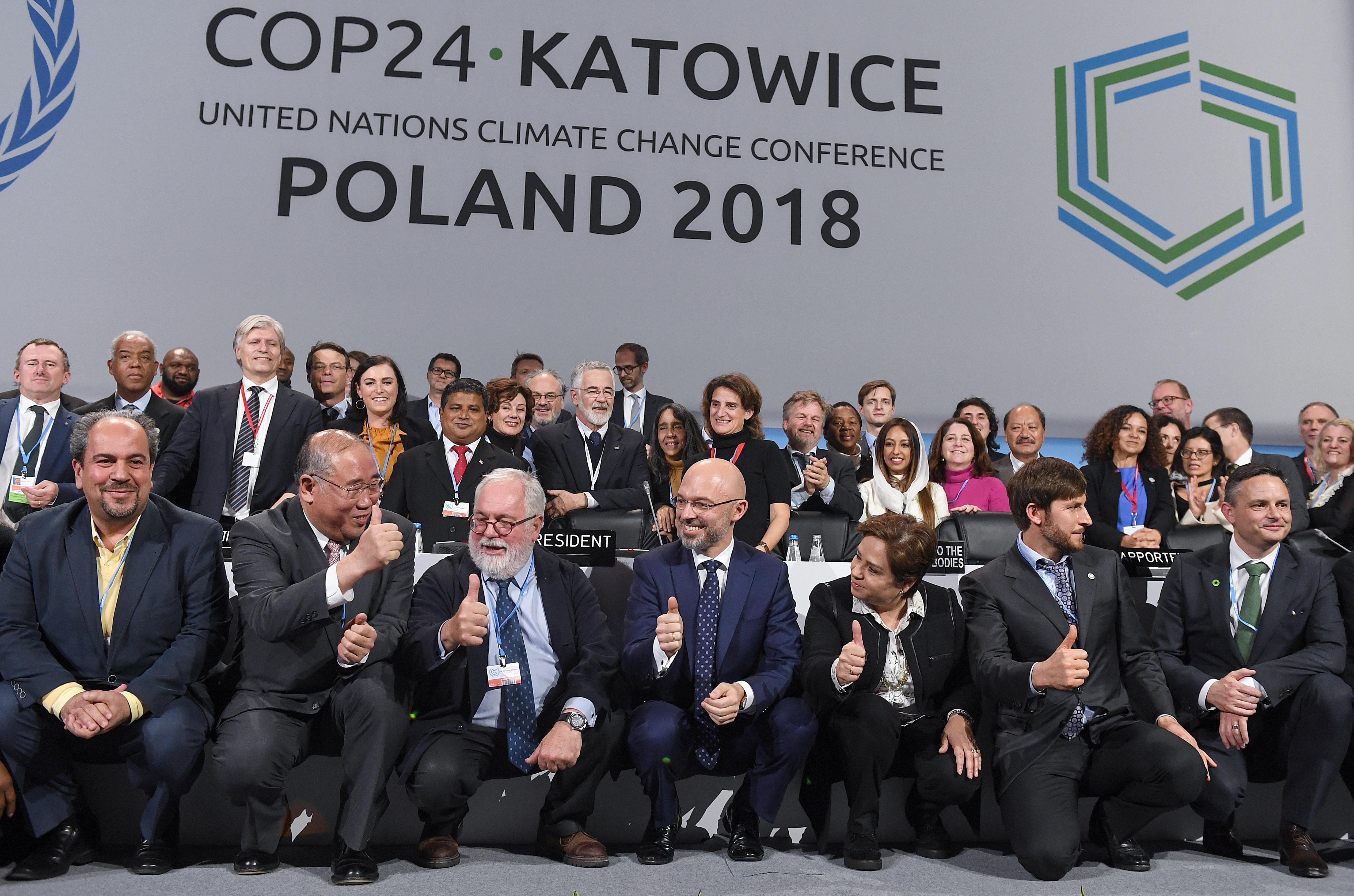 Megállapodtak az ENSZ klímakonferenciáján, hogy két fokon belül tartják a globális felmelegedést