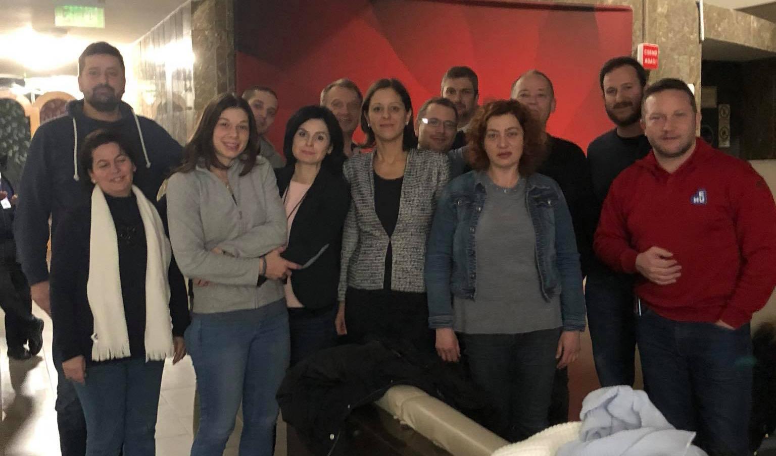 Az MTVA-ban éjszakázott a 13 ellenzéki képviselő