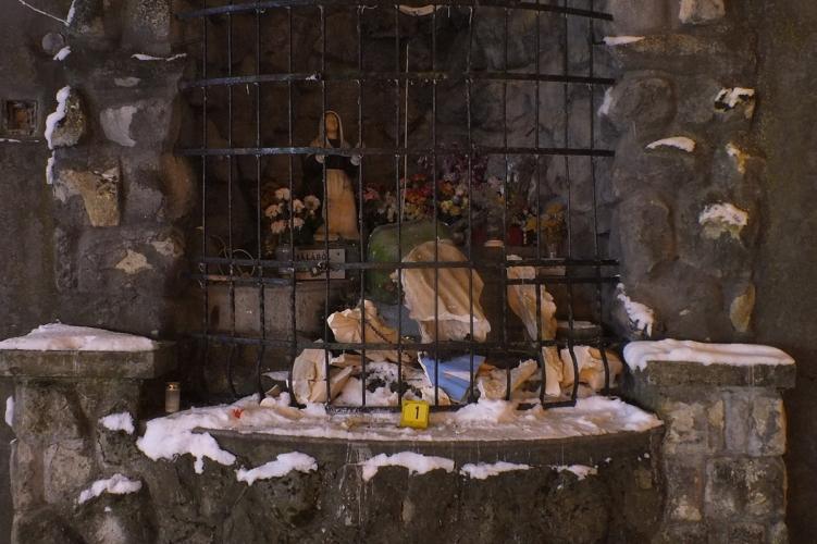 Elfogták a jászapáti Szűz Mária szobor megrongálóját