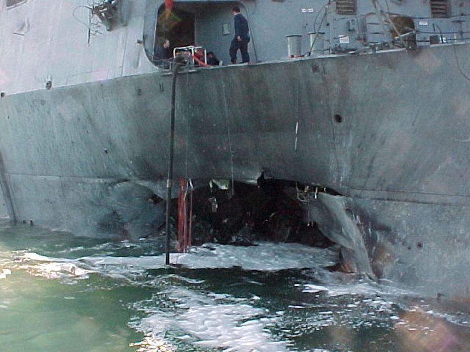Trump szerint egy jemeni légitámadásban megölték a USS Cole romboló elleni terrortámadás kitervelőjét