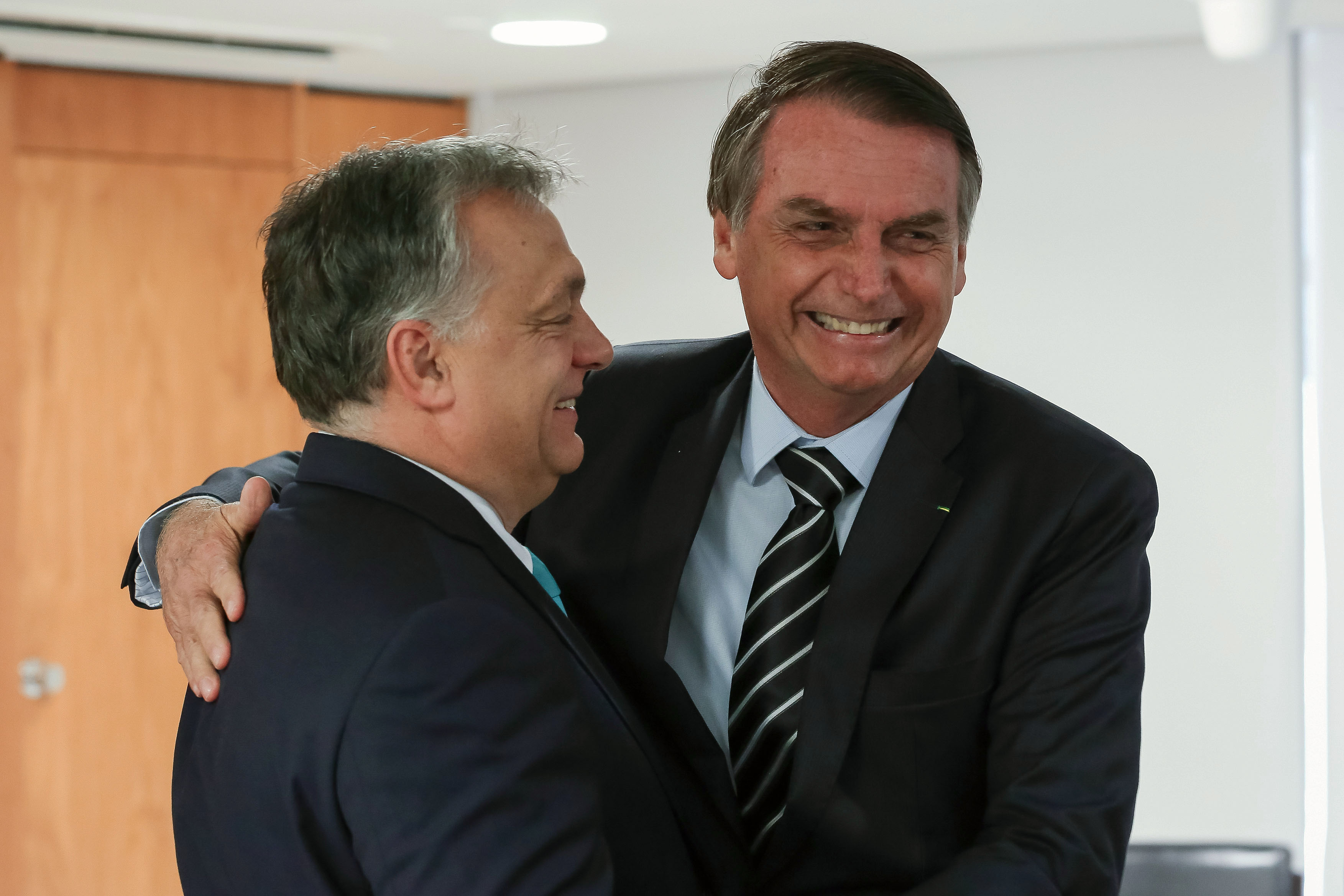 Bolsonaro megfosztaná bevételei egy részétől a brazil nyomtatott sajtót